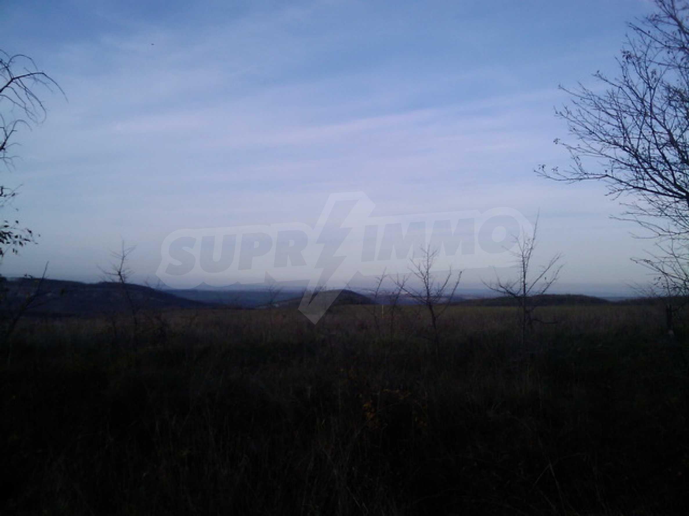Продажа земли вблизи г. Велико Тырново 1