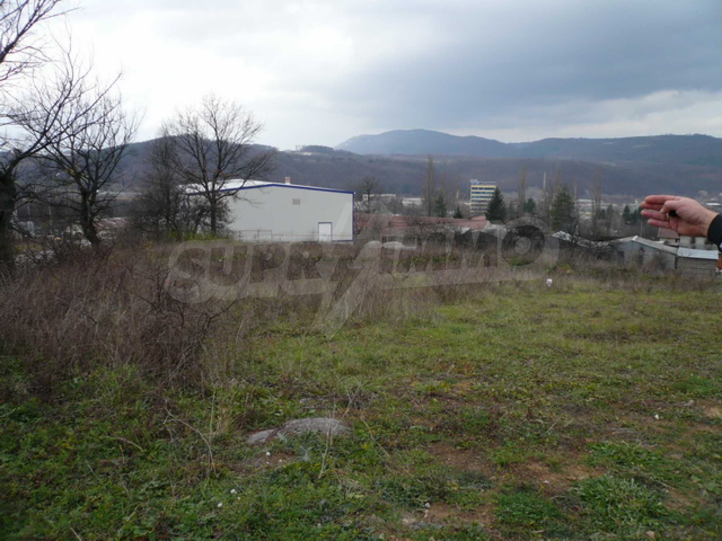 Commercial plot of land in the town of Gabrovo 1