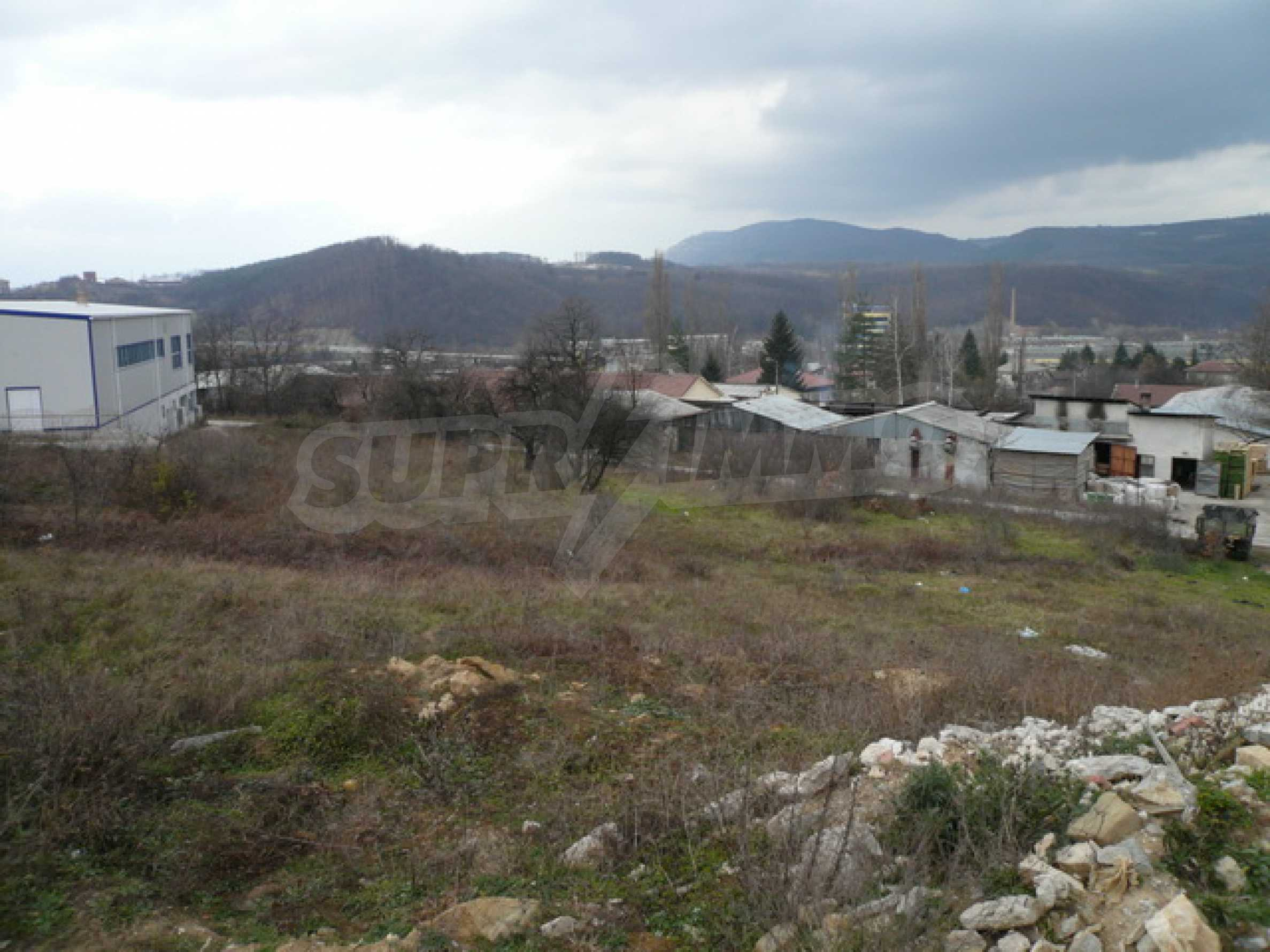 Commercial plot of land in the town of Gabrovo 6
