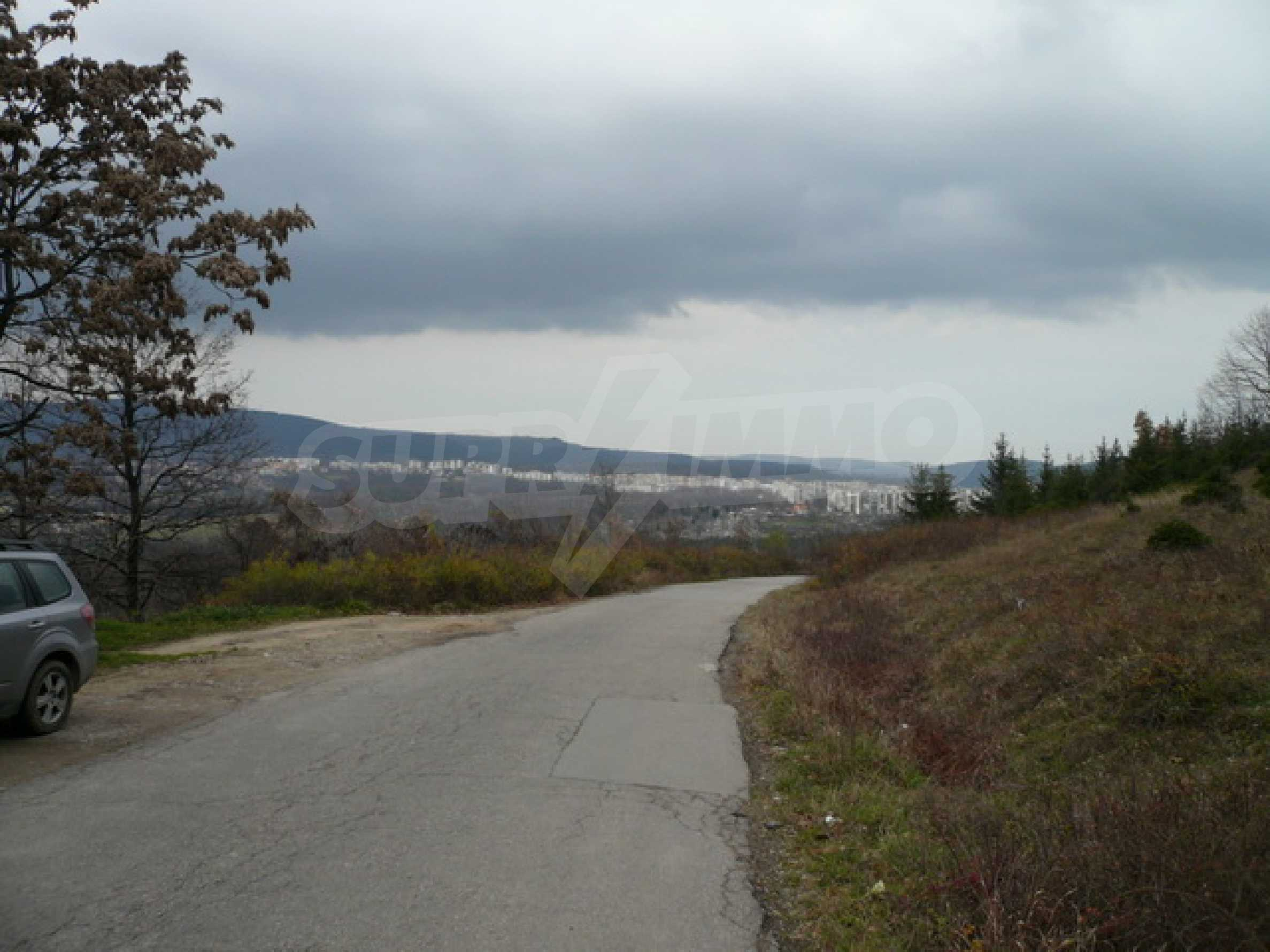 Plot of land for residential building in the town of Gabrovo 9