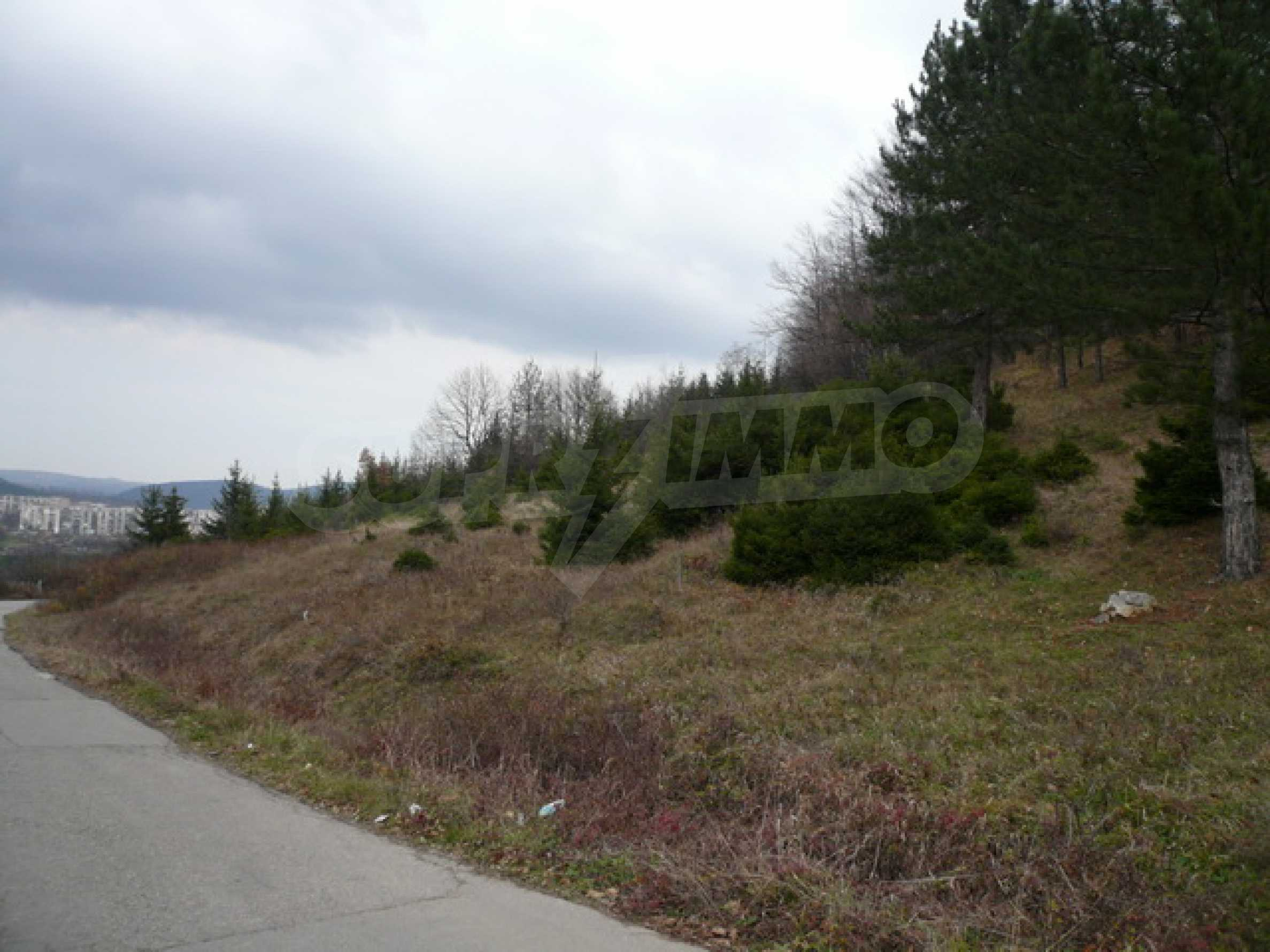 Plot of land for residential building in the town of Gabrovo 8