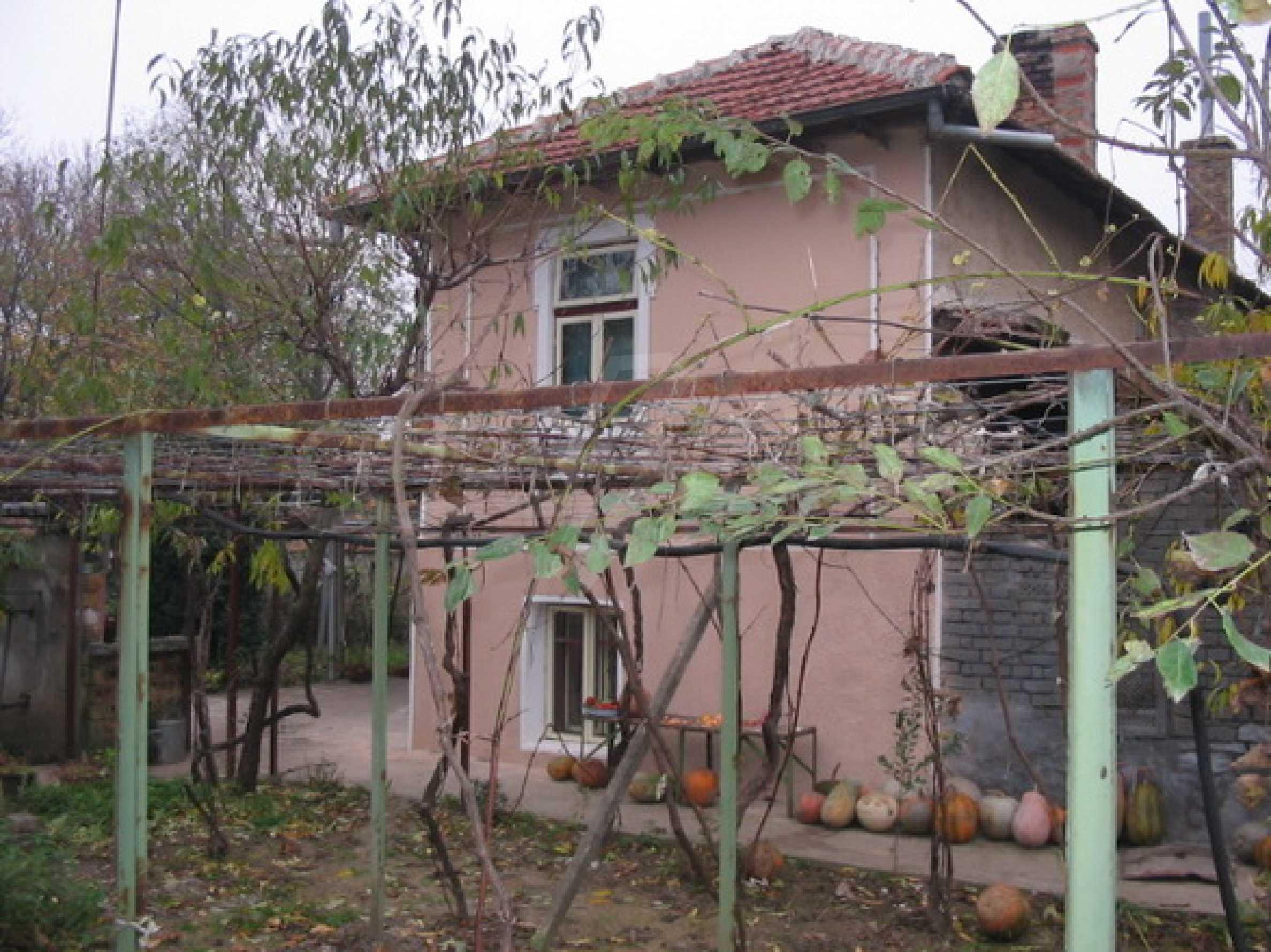 Haus mit Hof in der Nähe von Veliko Tarnovo