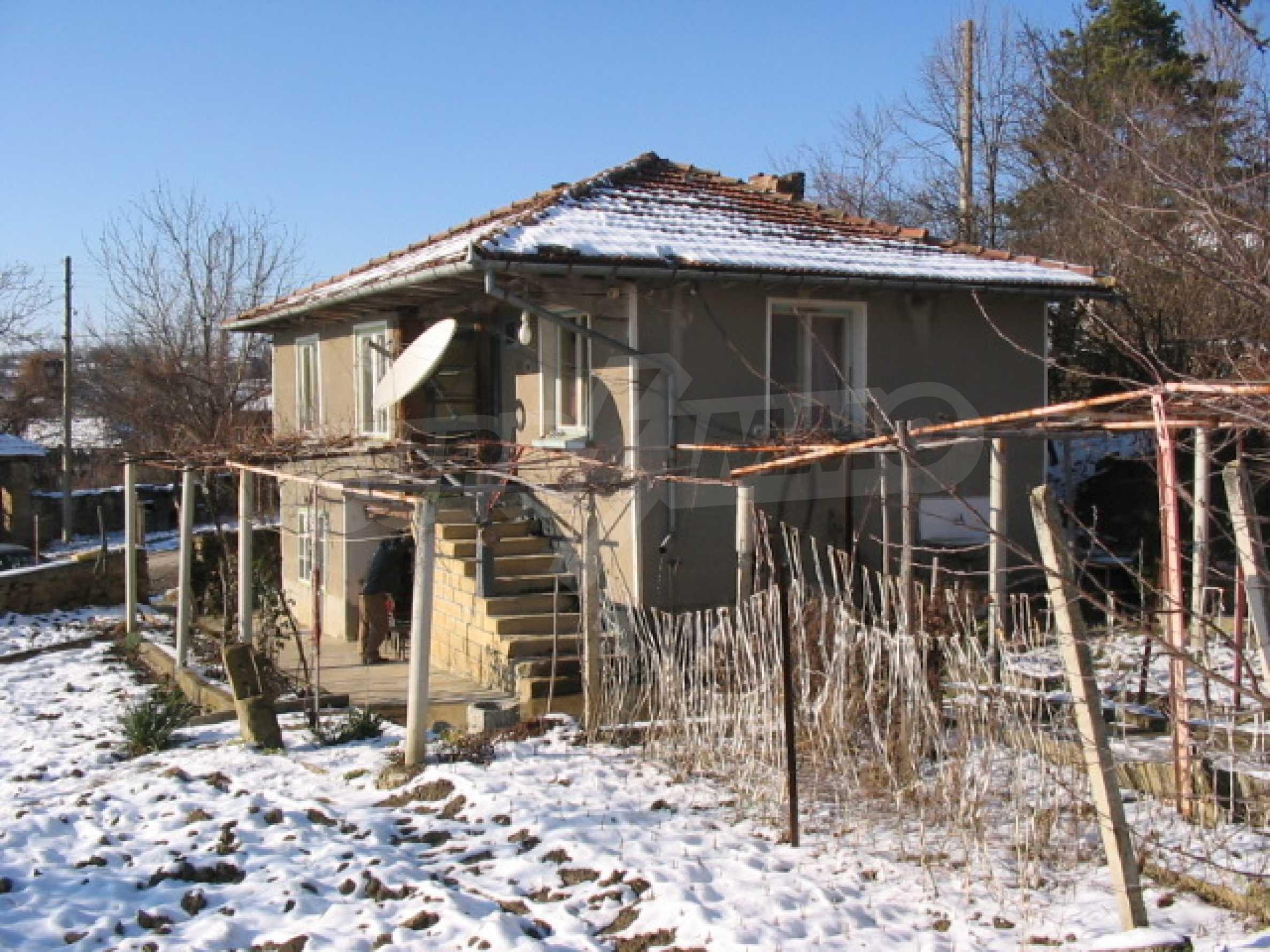 Продажа дома вблизи г. Севлиево 13