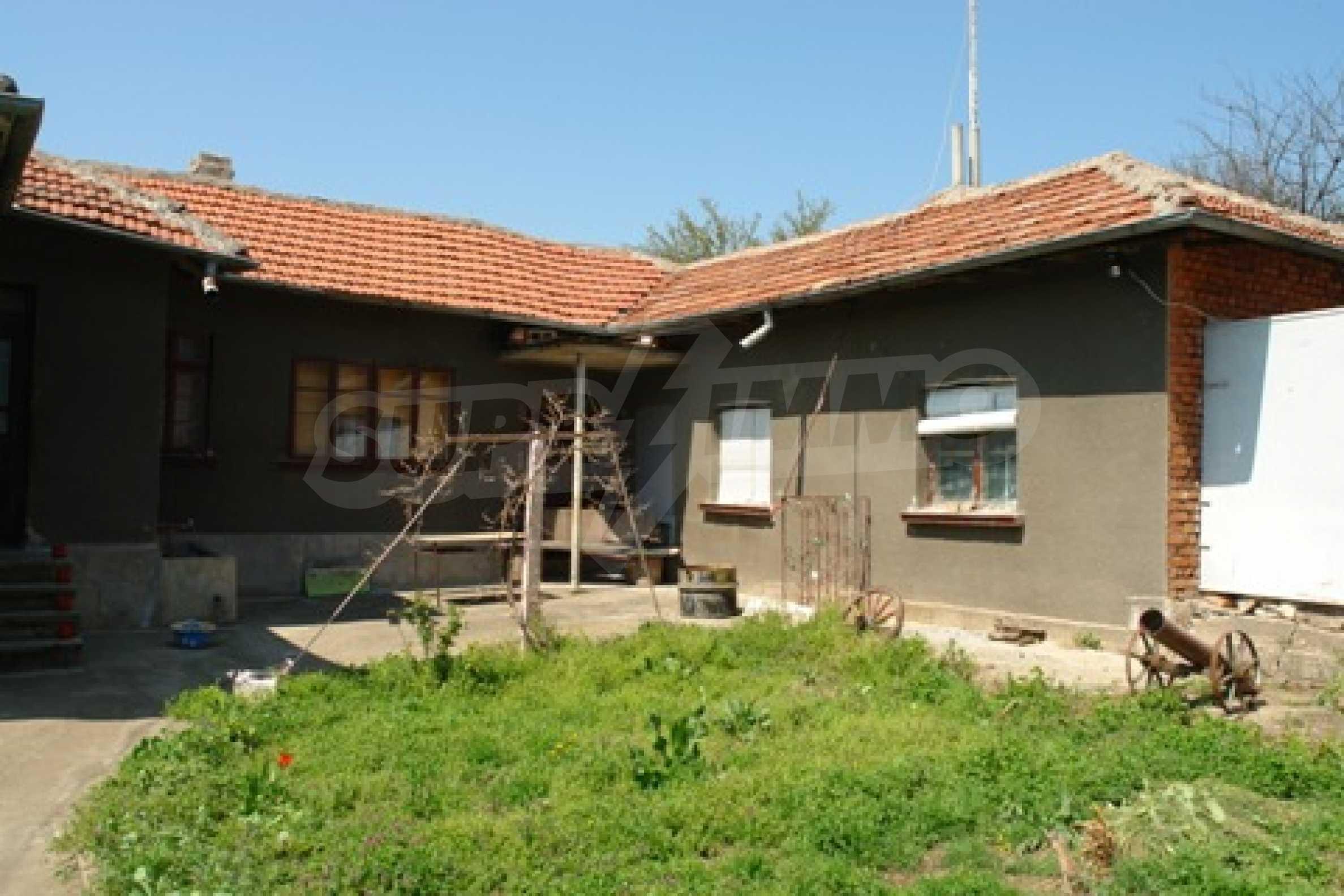 Къща в село Черешово 6