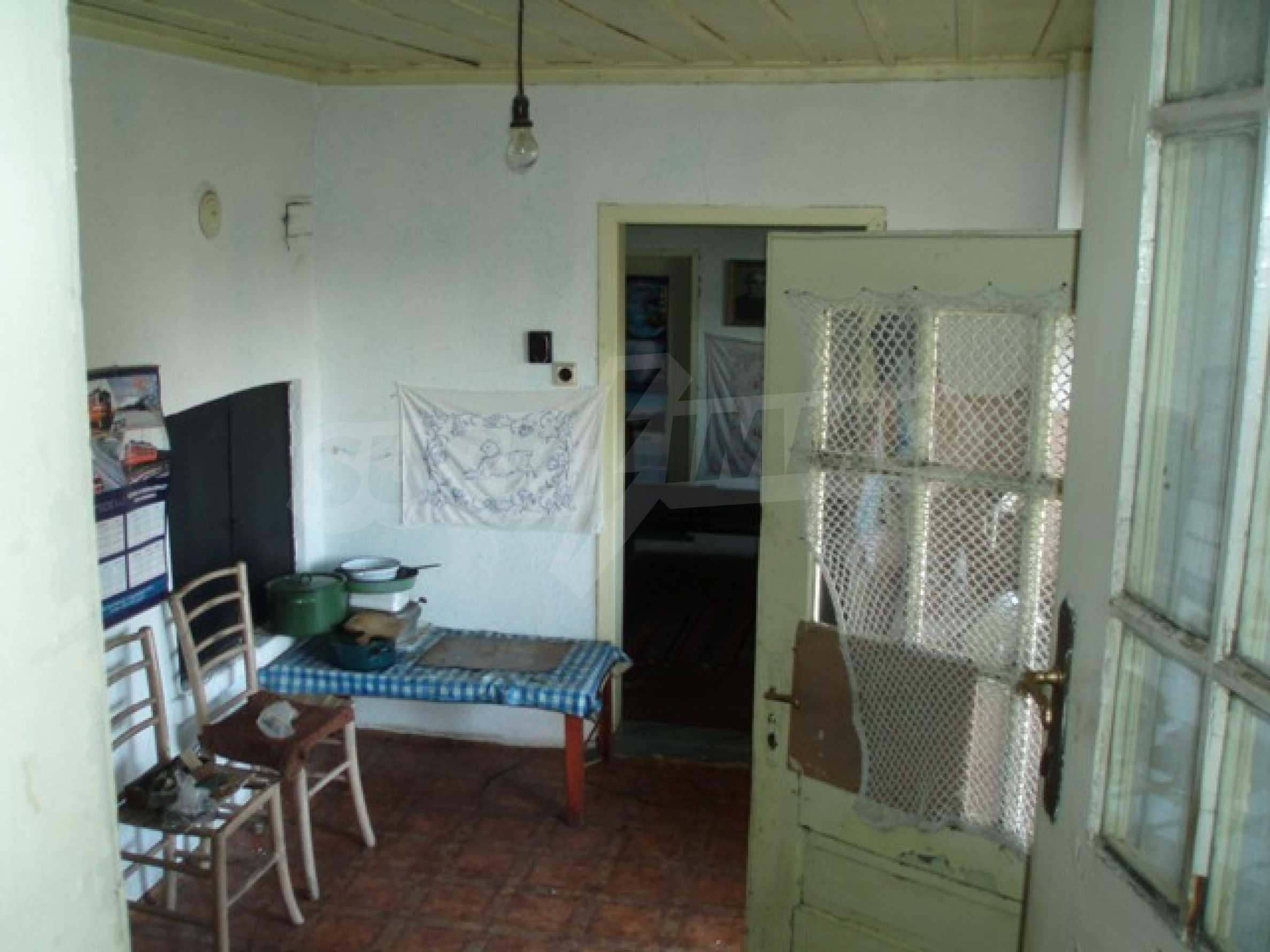 House in Chervena voda 10