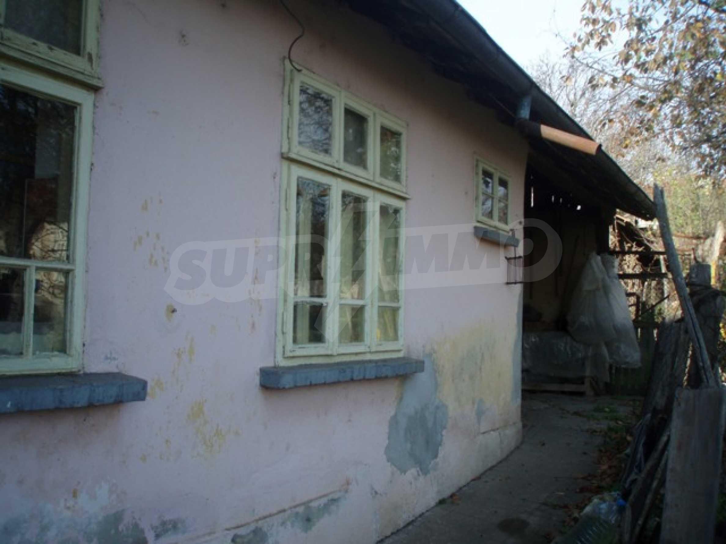 House in Chervena voda 12