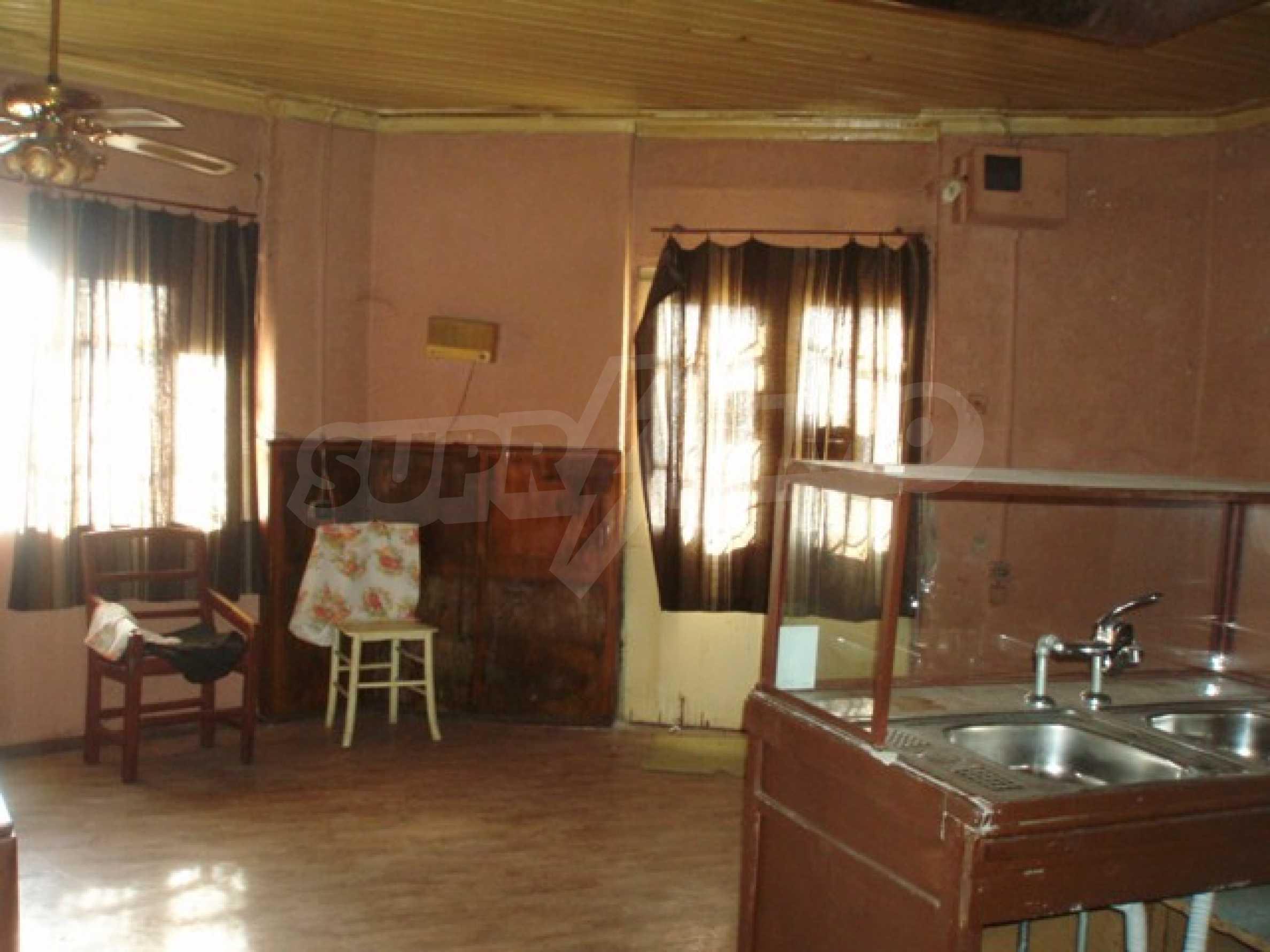 House in Chervena voda 14