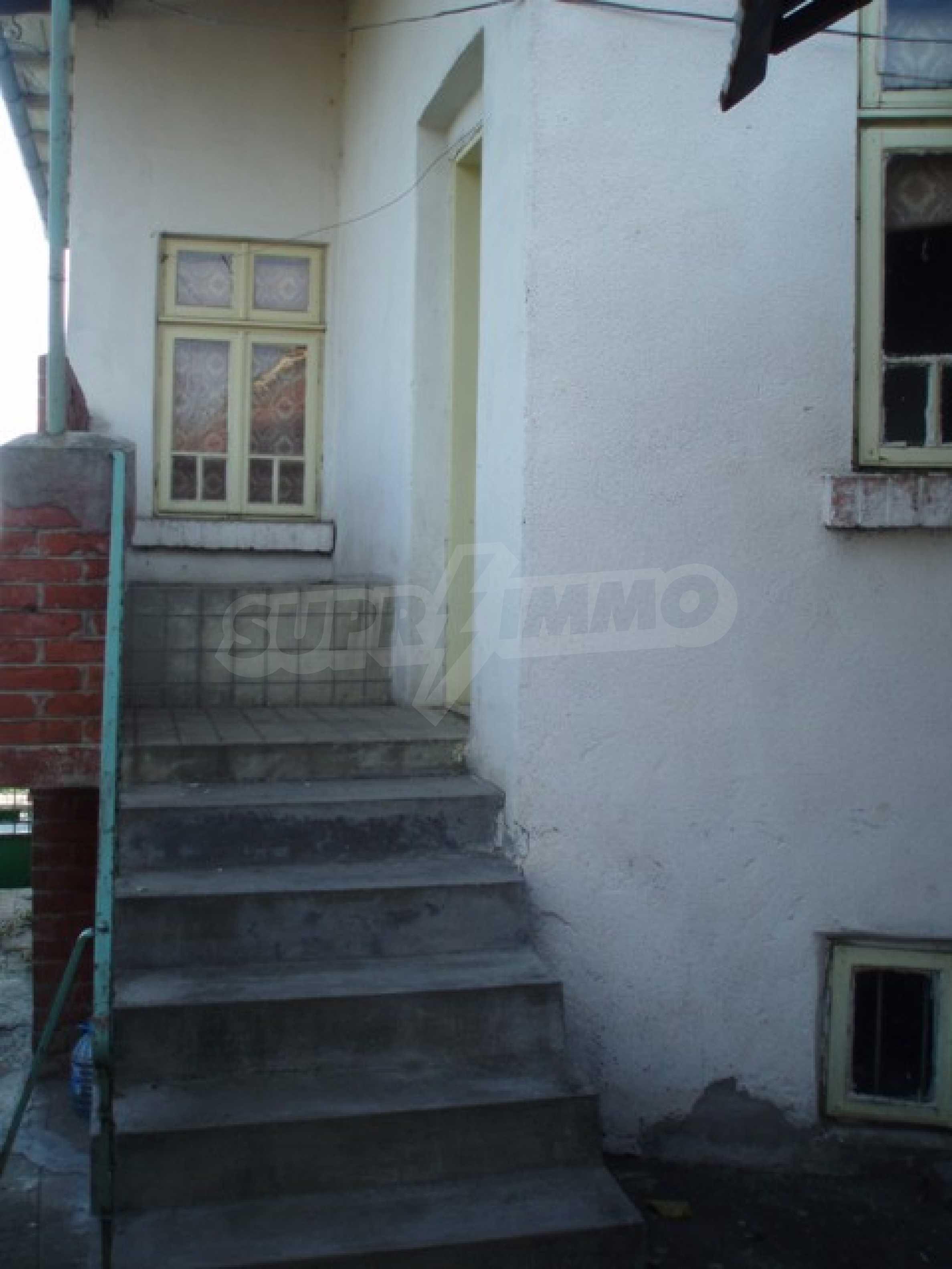 House in Chervena voda 3