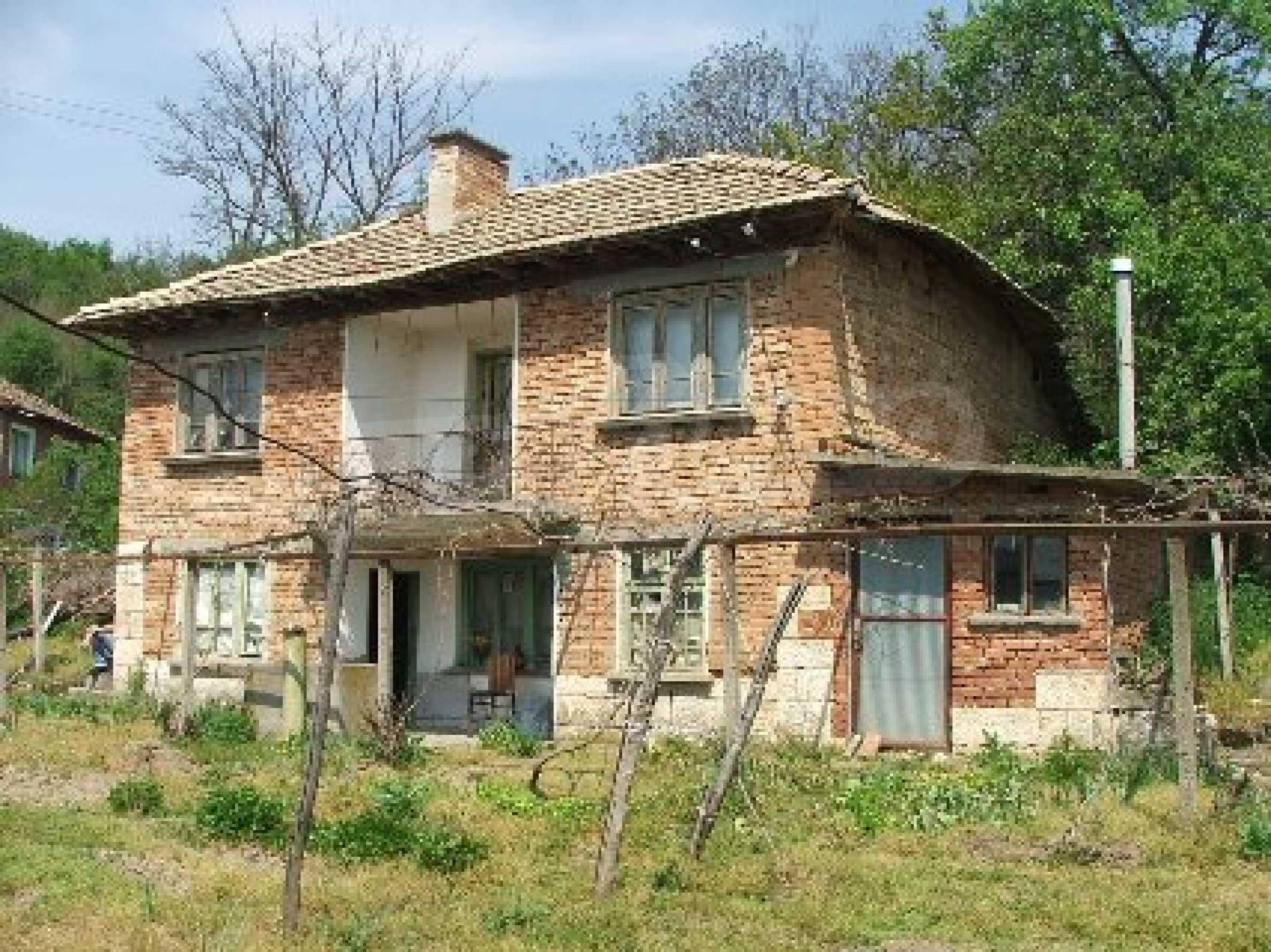 Къща в Костанденец