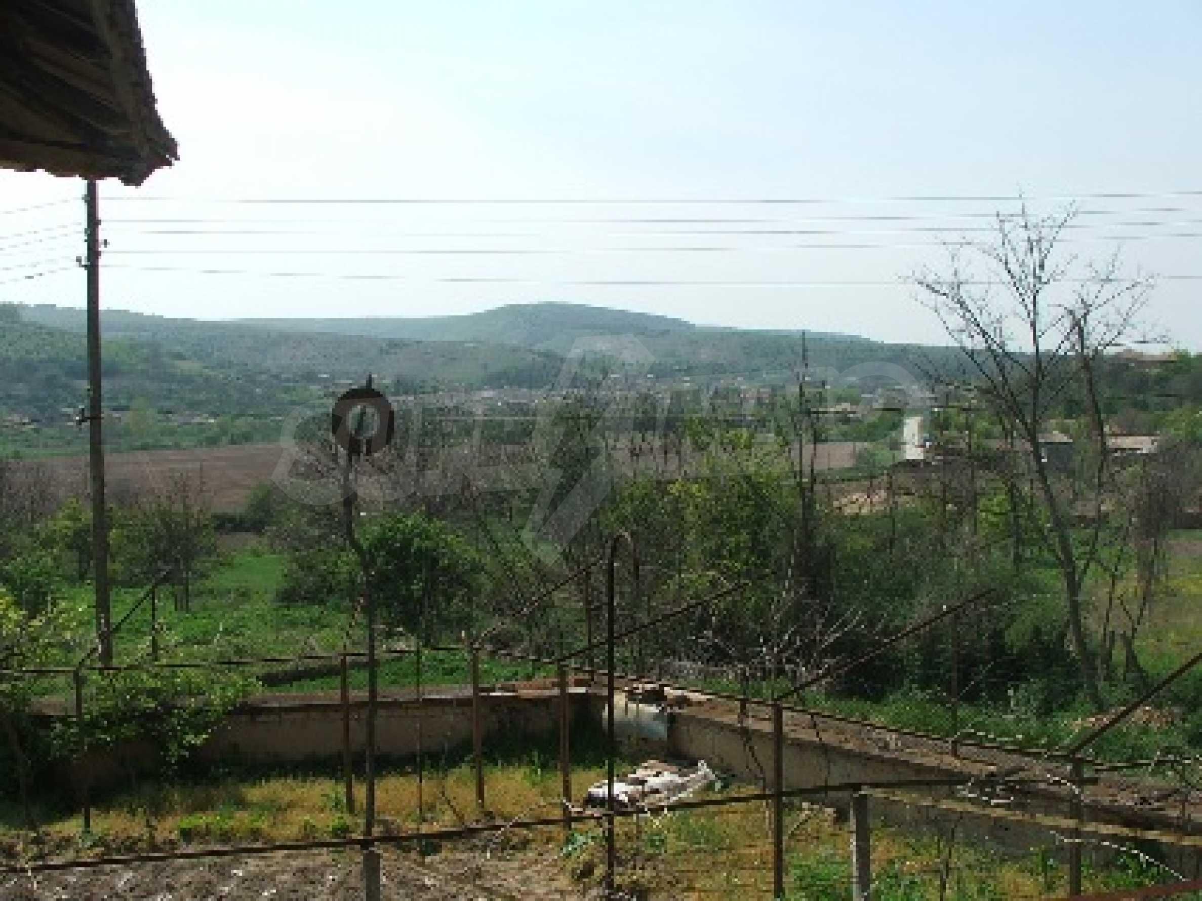 Къща в Костанденец 15