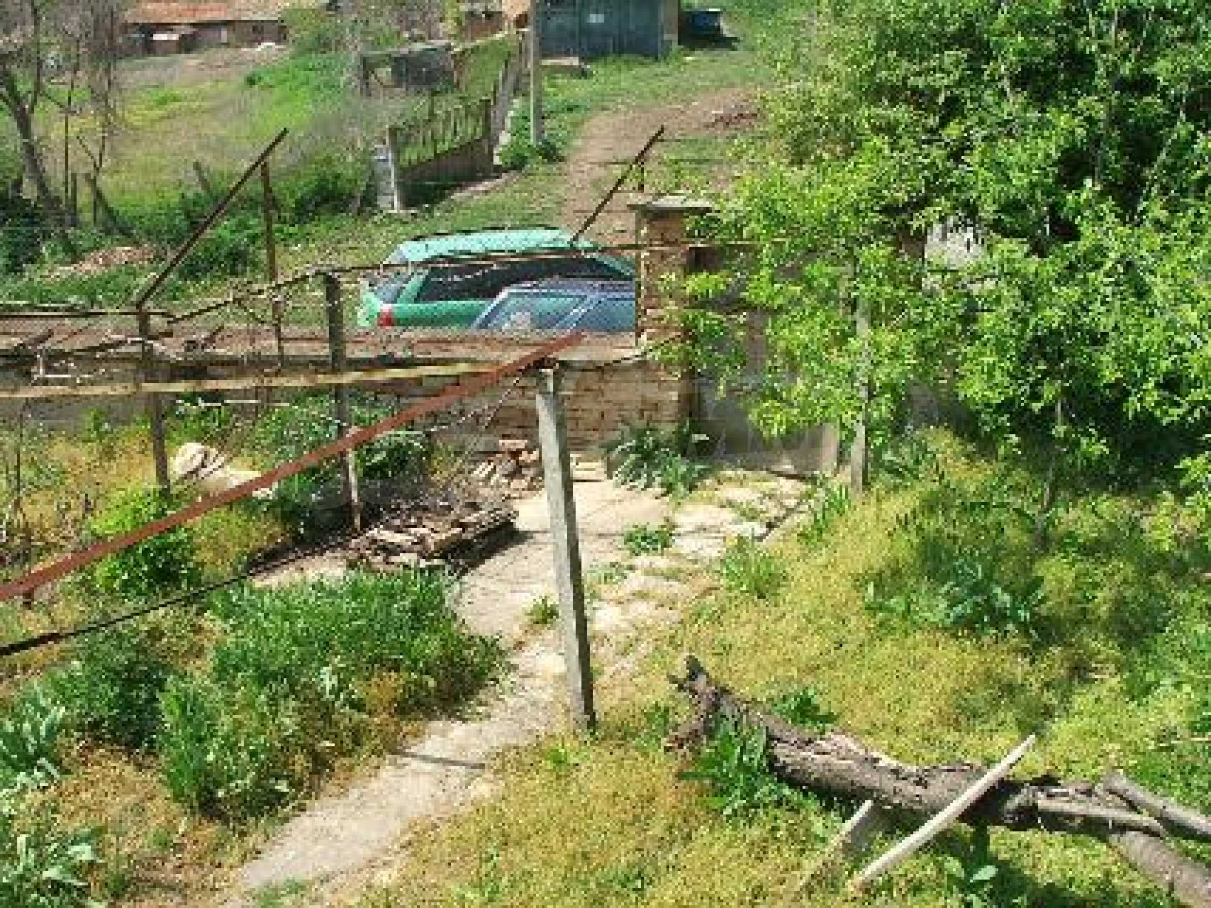 Къща в Костанденец 19