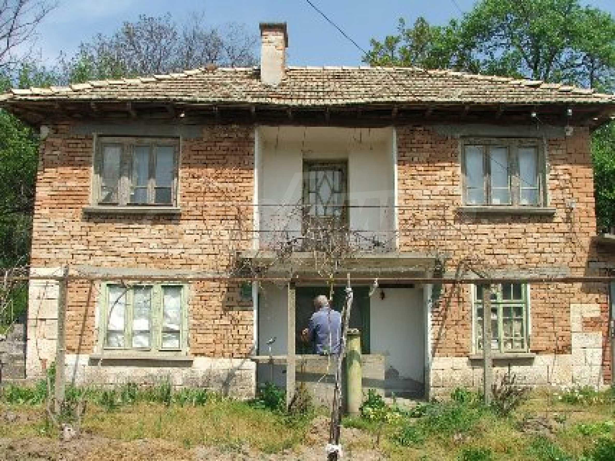 Къща в Костанденец 21