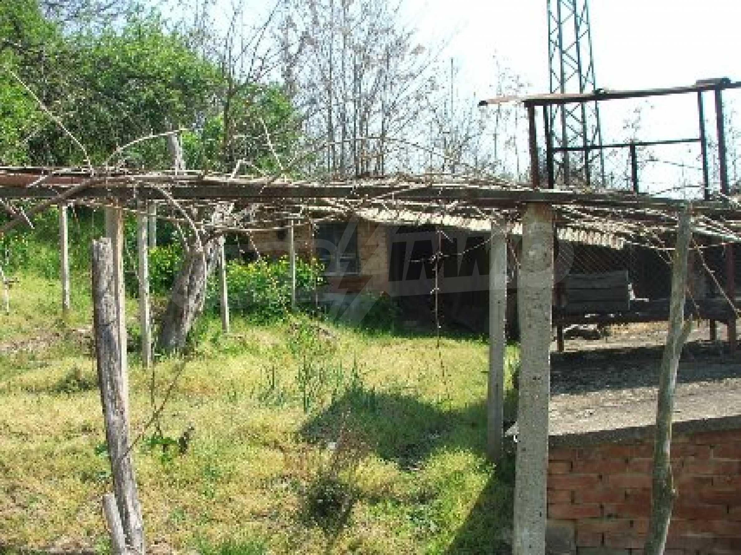 Къща в Костанденец 6