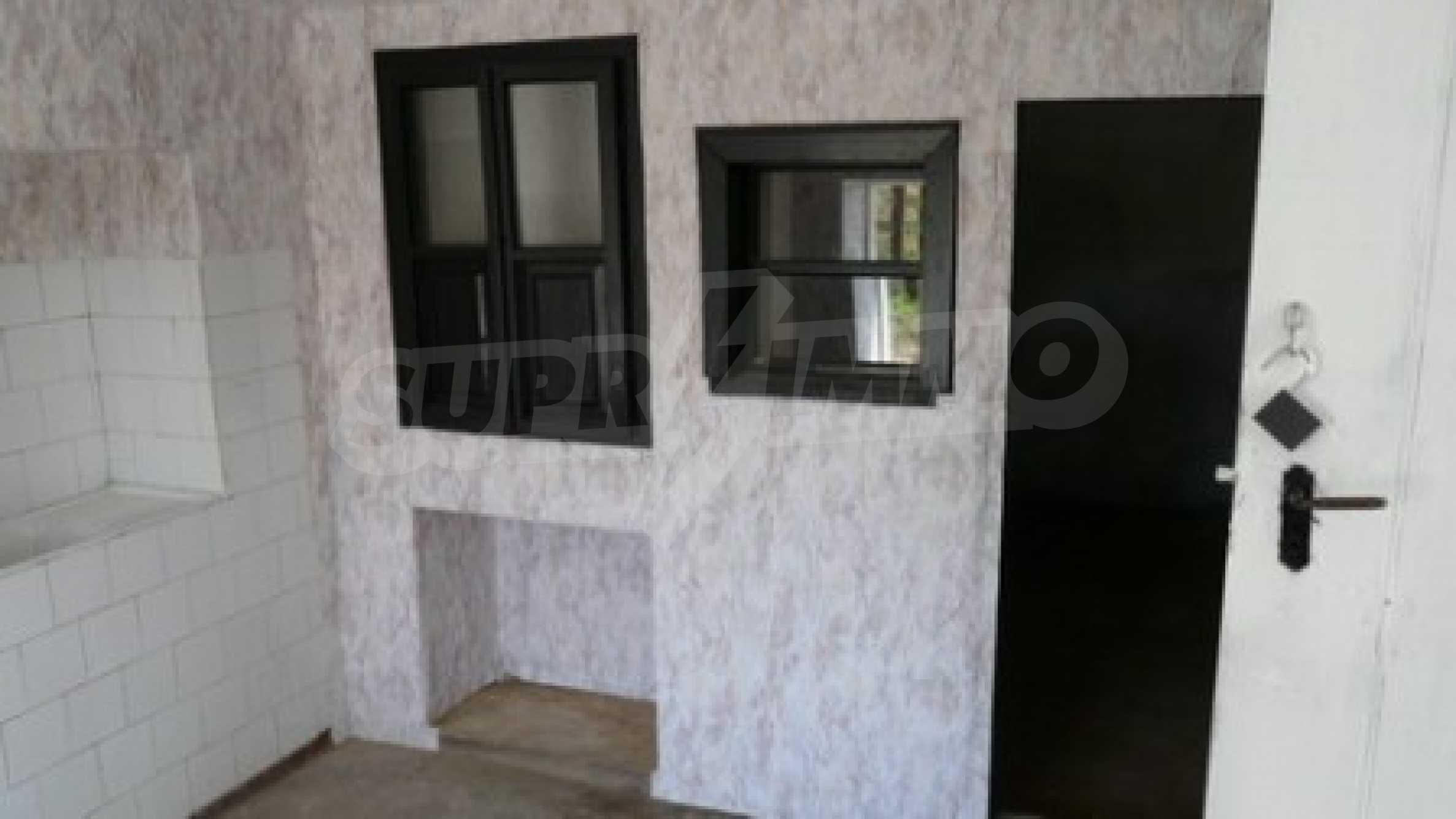 Geräumiges zweistöckiges Haus im Dorf Bistrentsi, Ruse 3