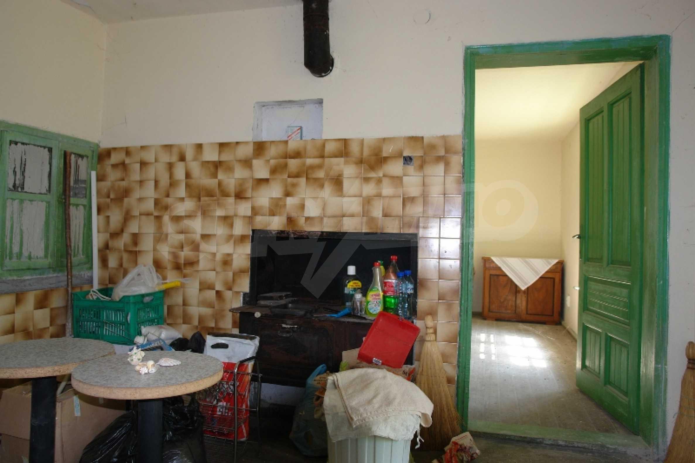 Едноетажна къща с две спални в село Садина, Русенско 10