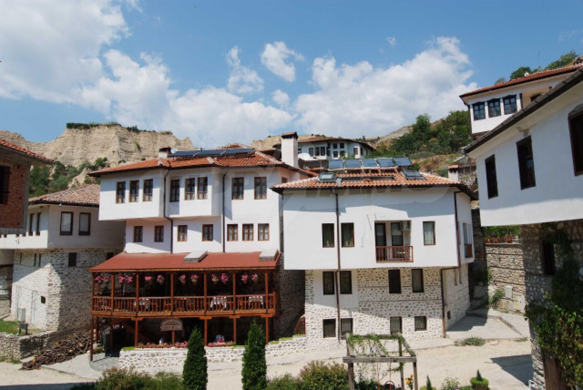 Гостиница, Отель в г. Мелник