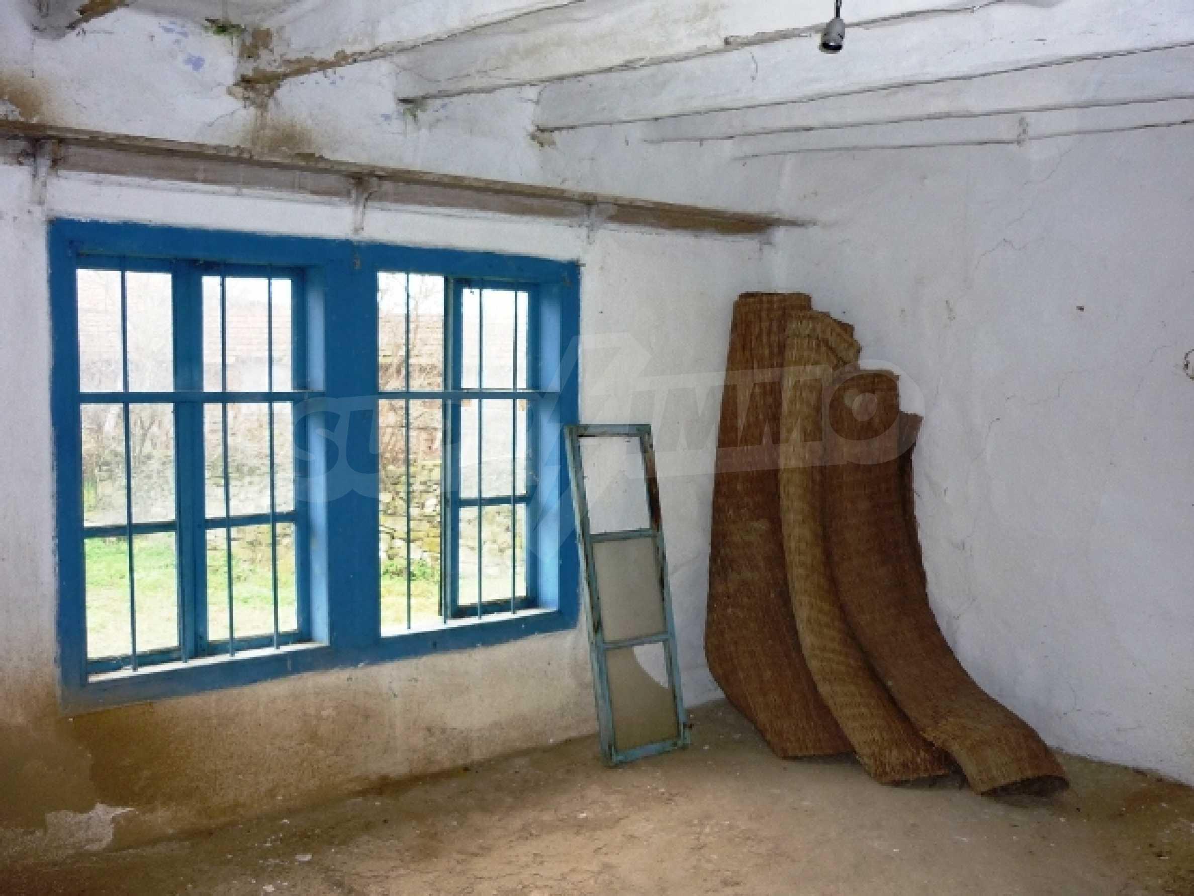 Къща за продажба в село Бъзовец, Русенско 11