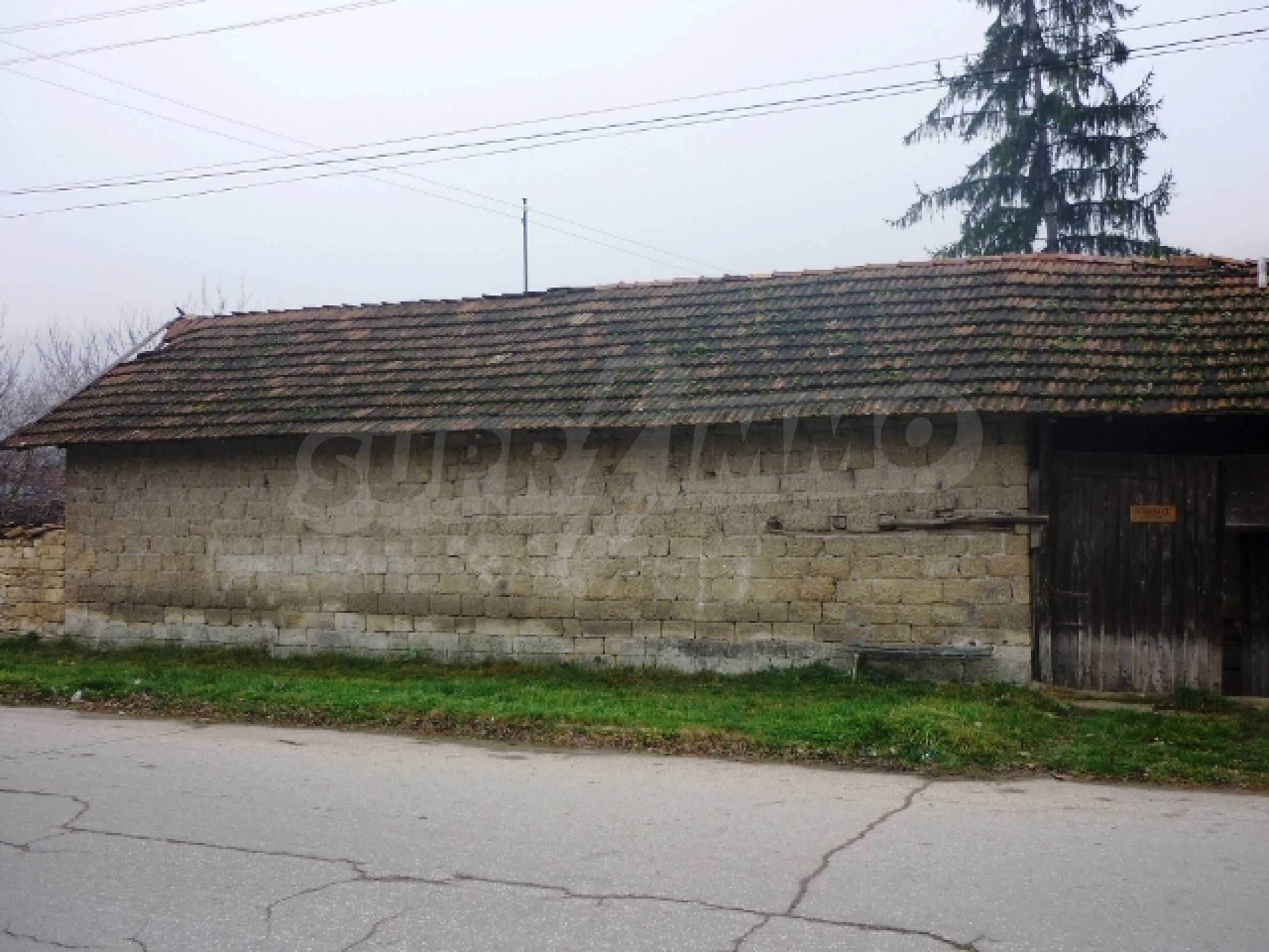 Къща за продажба в село Бъзовец, Русенско 21