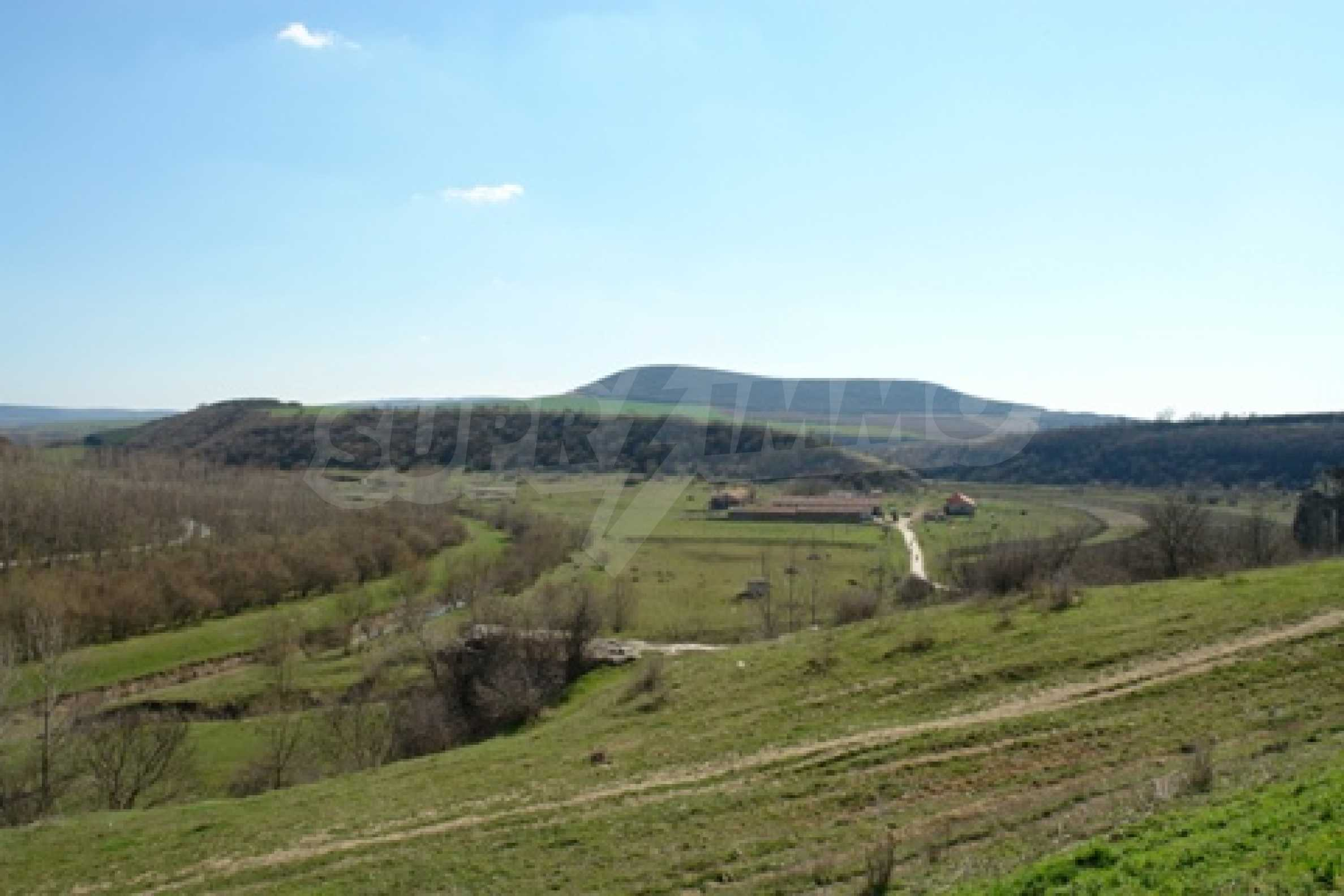 Regulated plot of land in Shirokovo village, Ruse district suitable for residential construction
