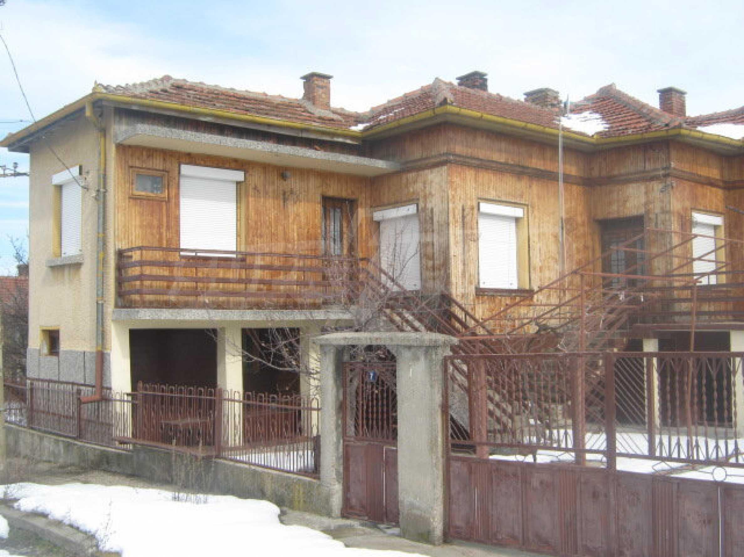 Хубава къща в село на 40 км от гр.Видин 1