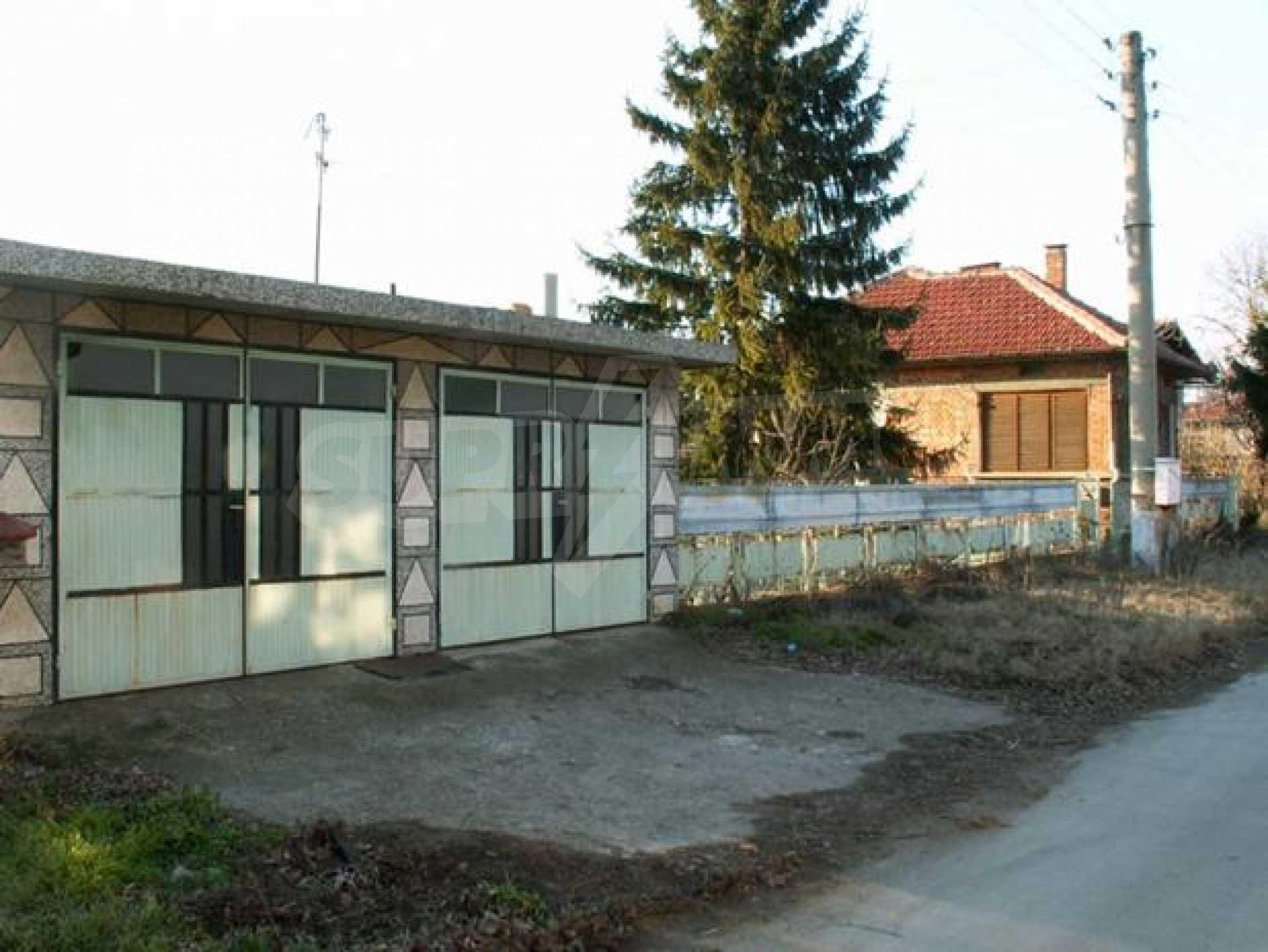 Къща продава в близост до Русе 3