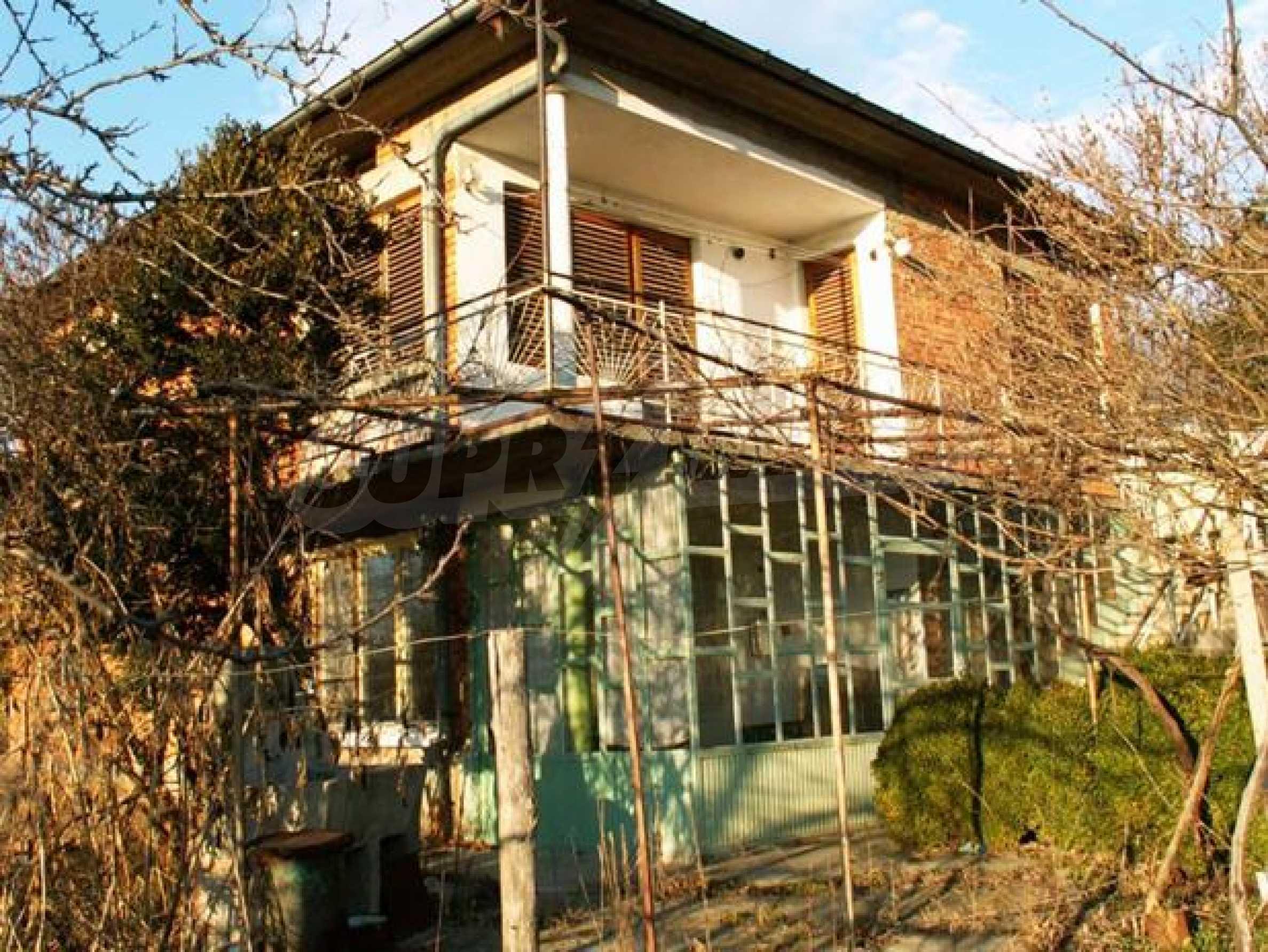 Къща продава в близост до Русе 4