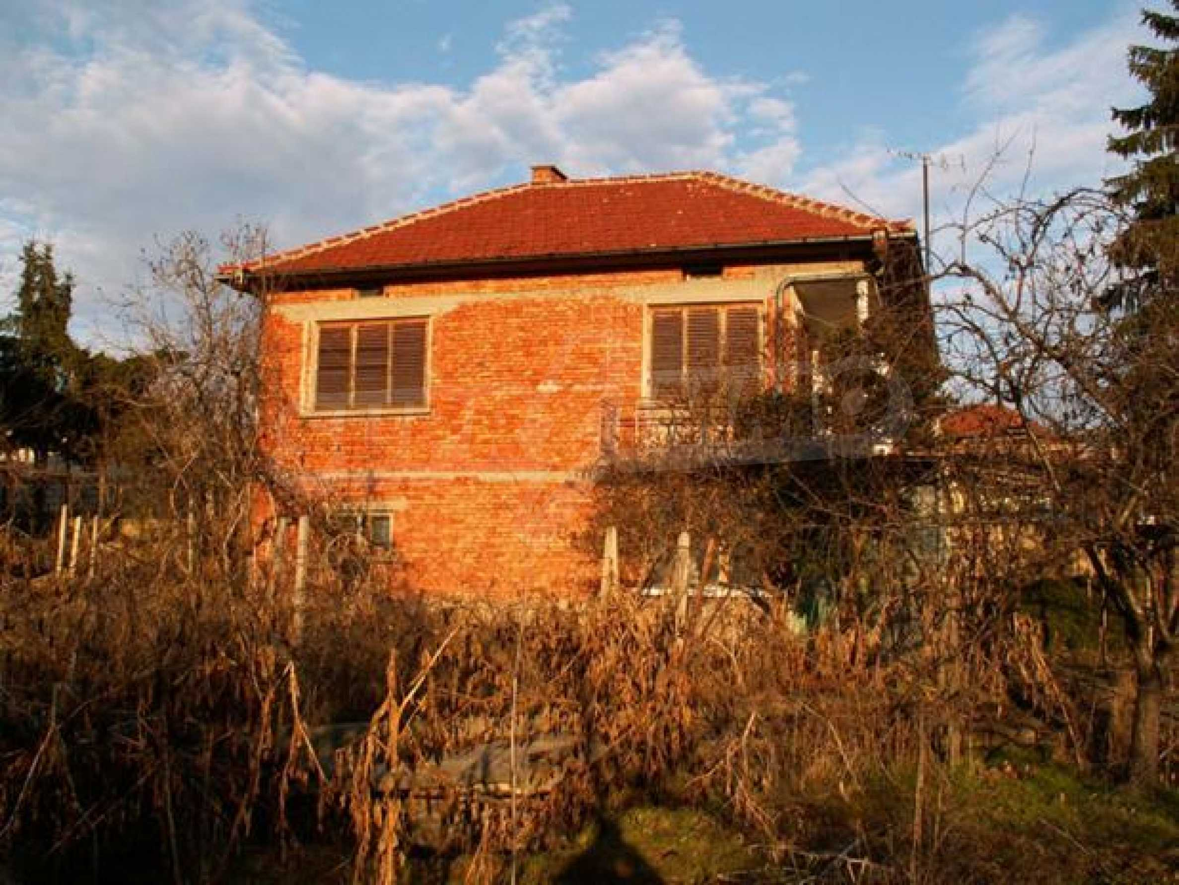 Къща продава в близост до Русе 5