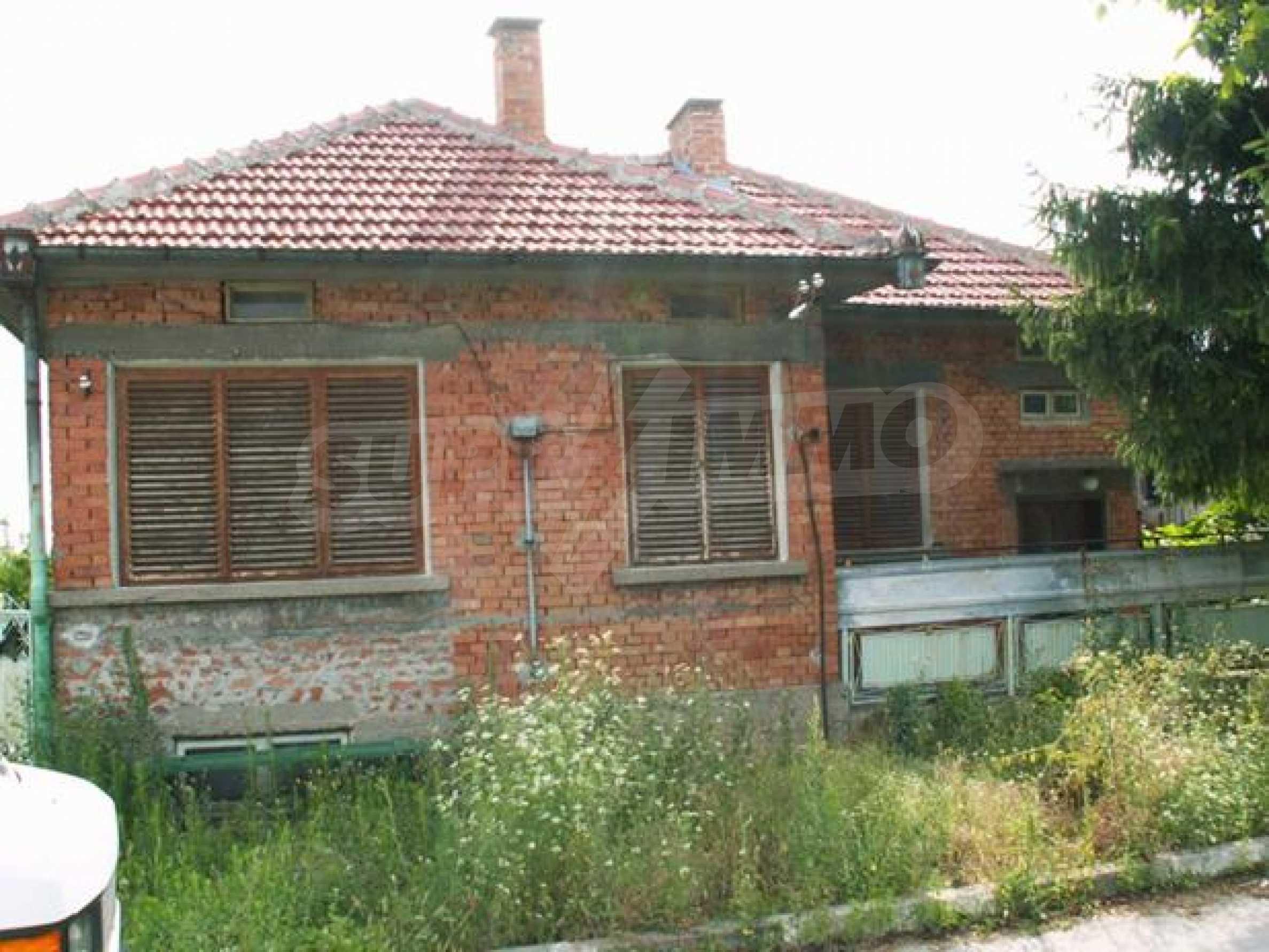 Къща продава в близост до Русе 6