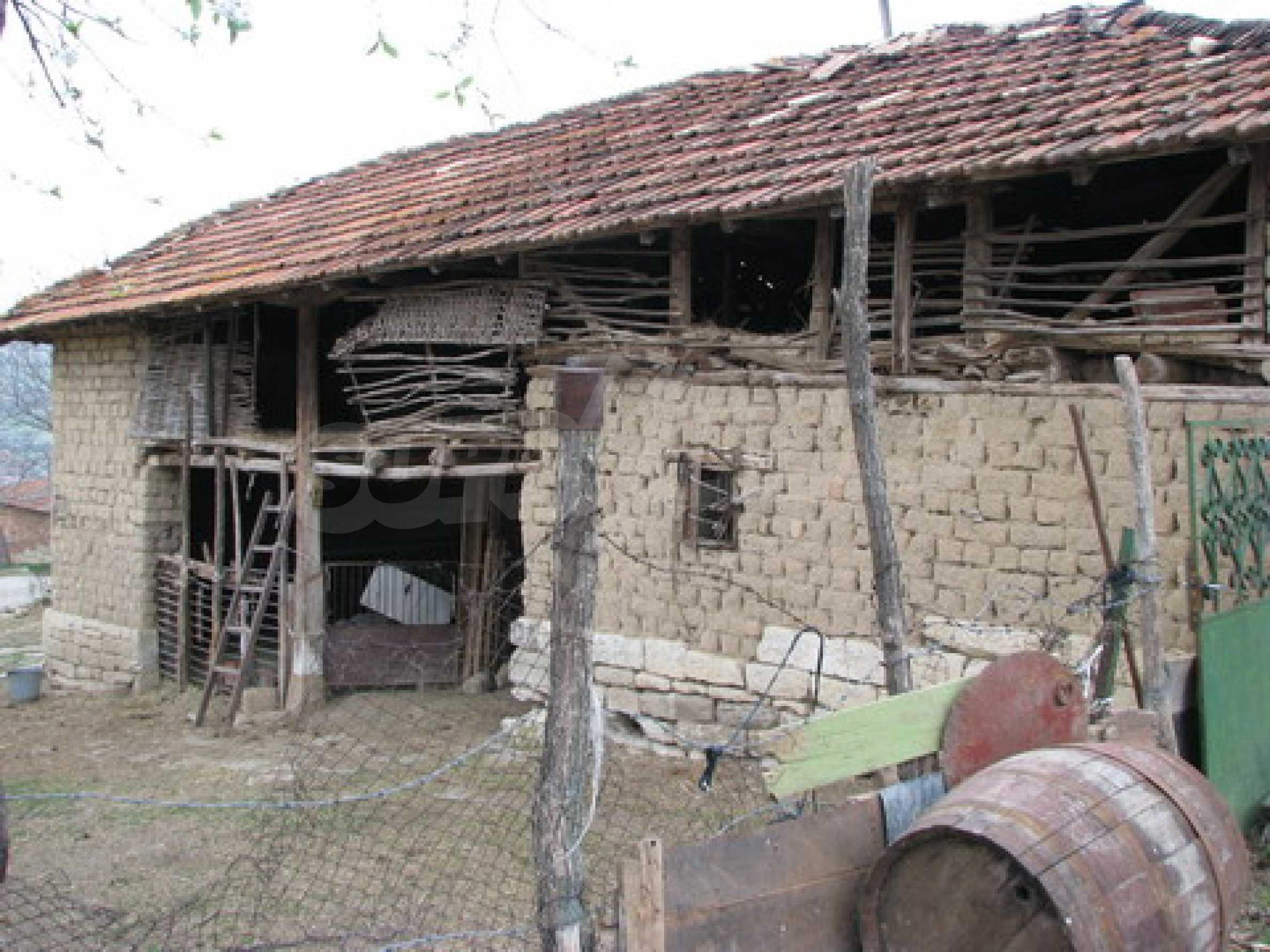 Haus zum Verkauf in der Nähe von Rousse 8