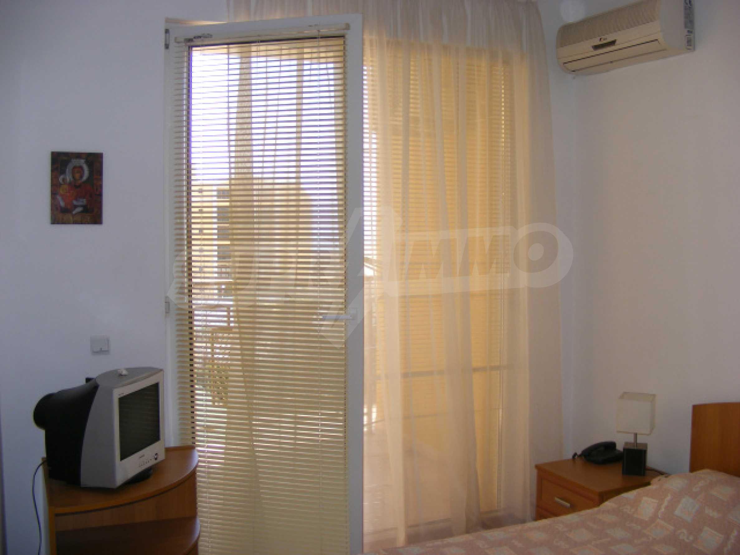 Komplett möbliertes Apartment mit 1 Schlafzimmer in Sunny Beach Goldener Sand, mit Meerblick 13