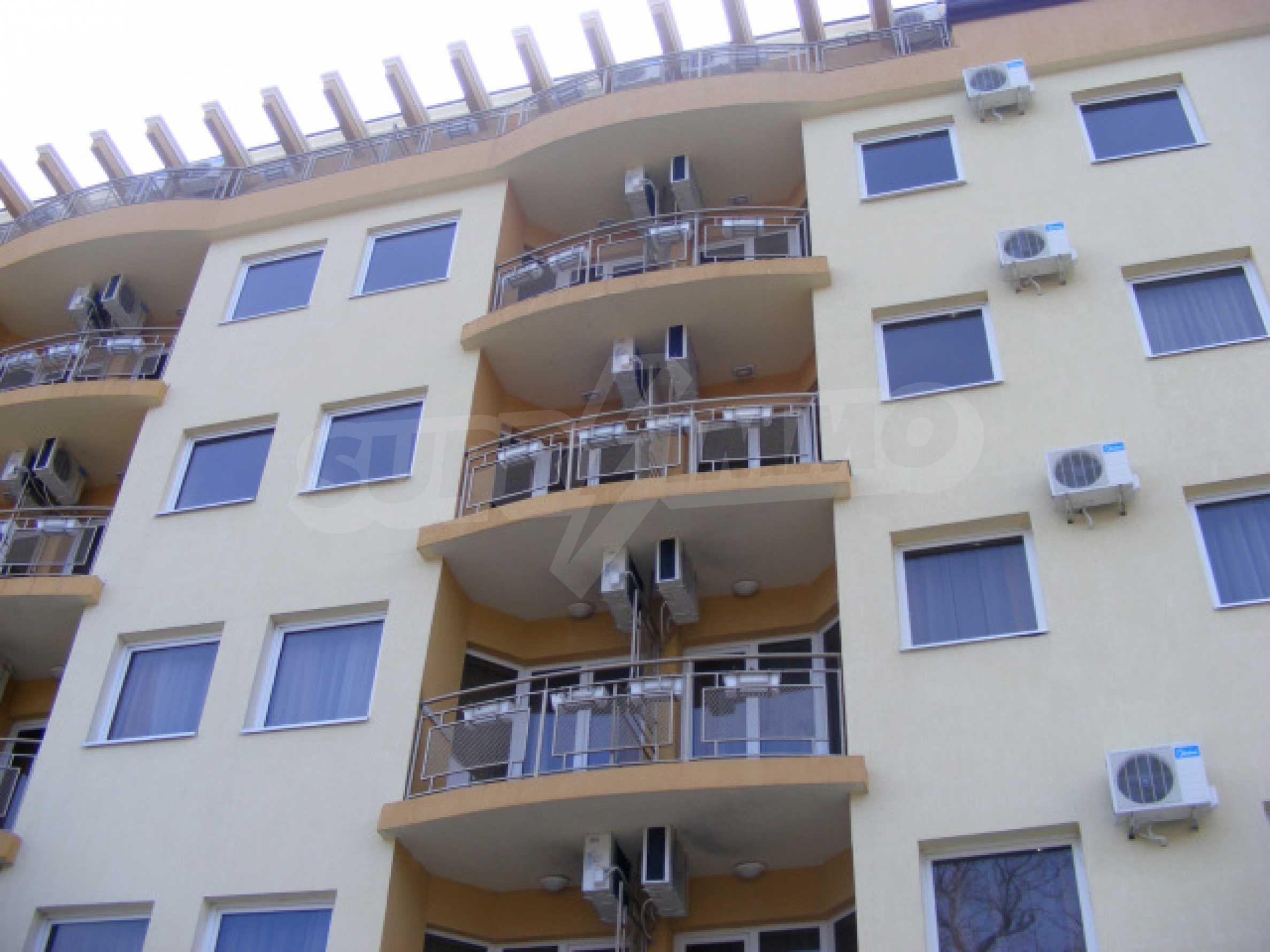 Komplett möbliertes Apartment mit 1 Schlafzimmer in Sunny Beach Goldener Sand, mit Meerblick 16