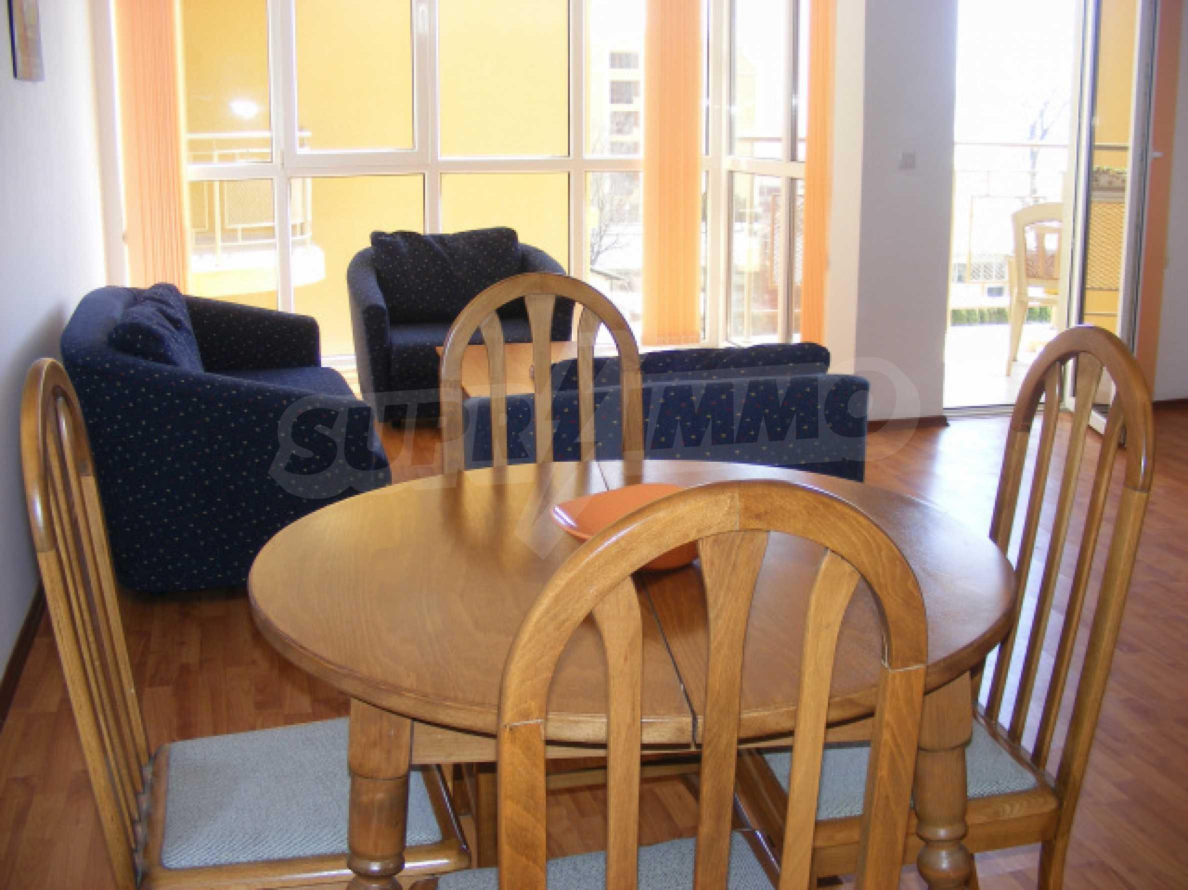 Komplett möbliertes Apartment mit 1 Schlafzimmer in Sunny Beach Goldener Sand, mit Meerblick 6
