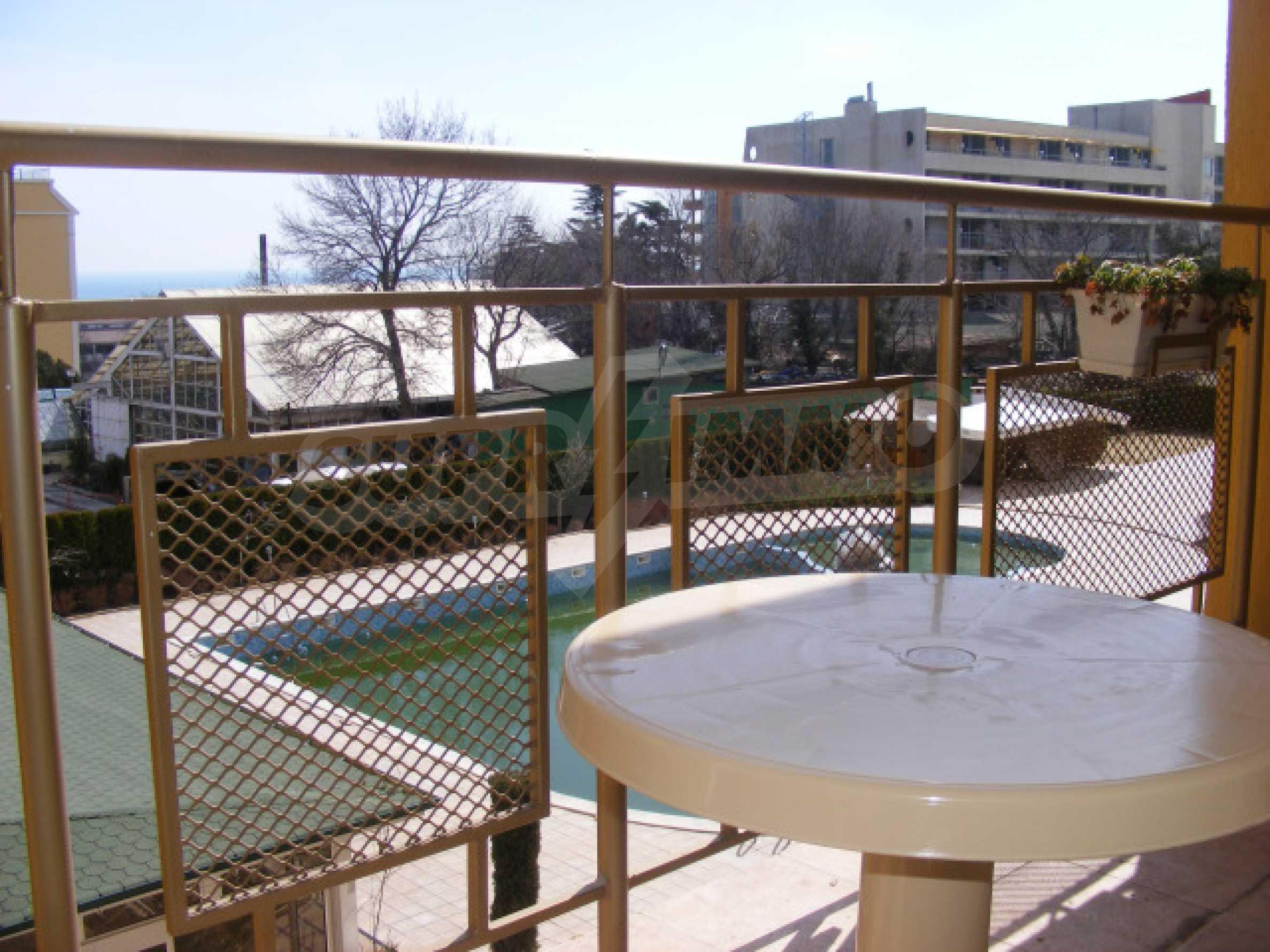 Komplett möbliertes Apartment mit 1 Schlafzimmer in Sunny Beach Goldener Sand, mit Meerblick 8