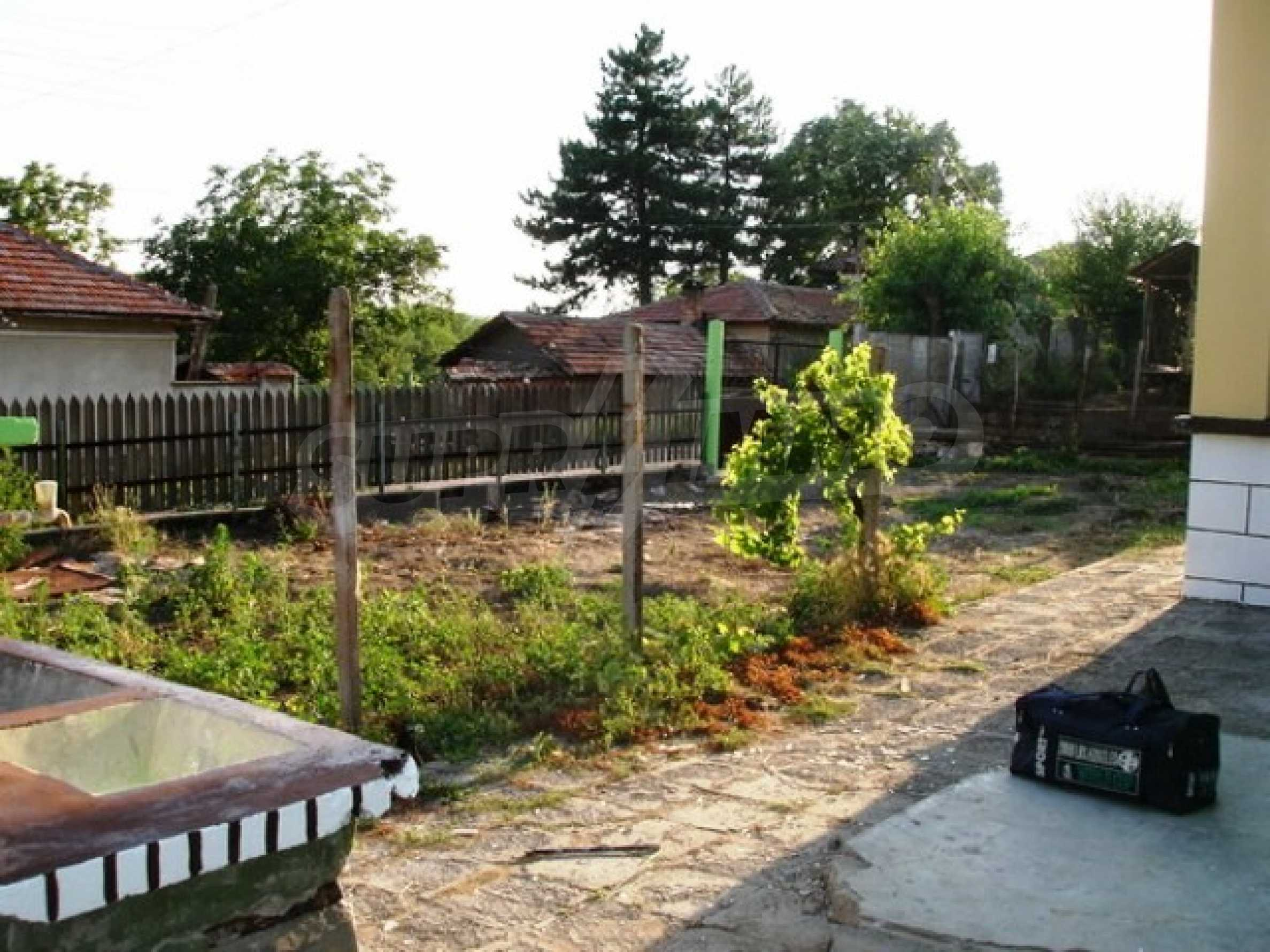 One-storey 3-bedroom house in Piperkovo village, Ruse district 8