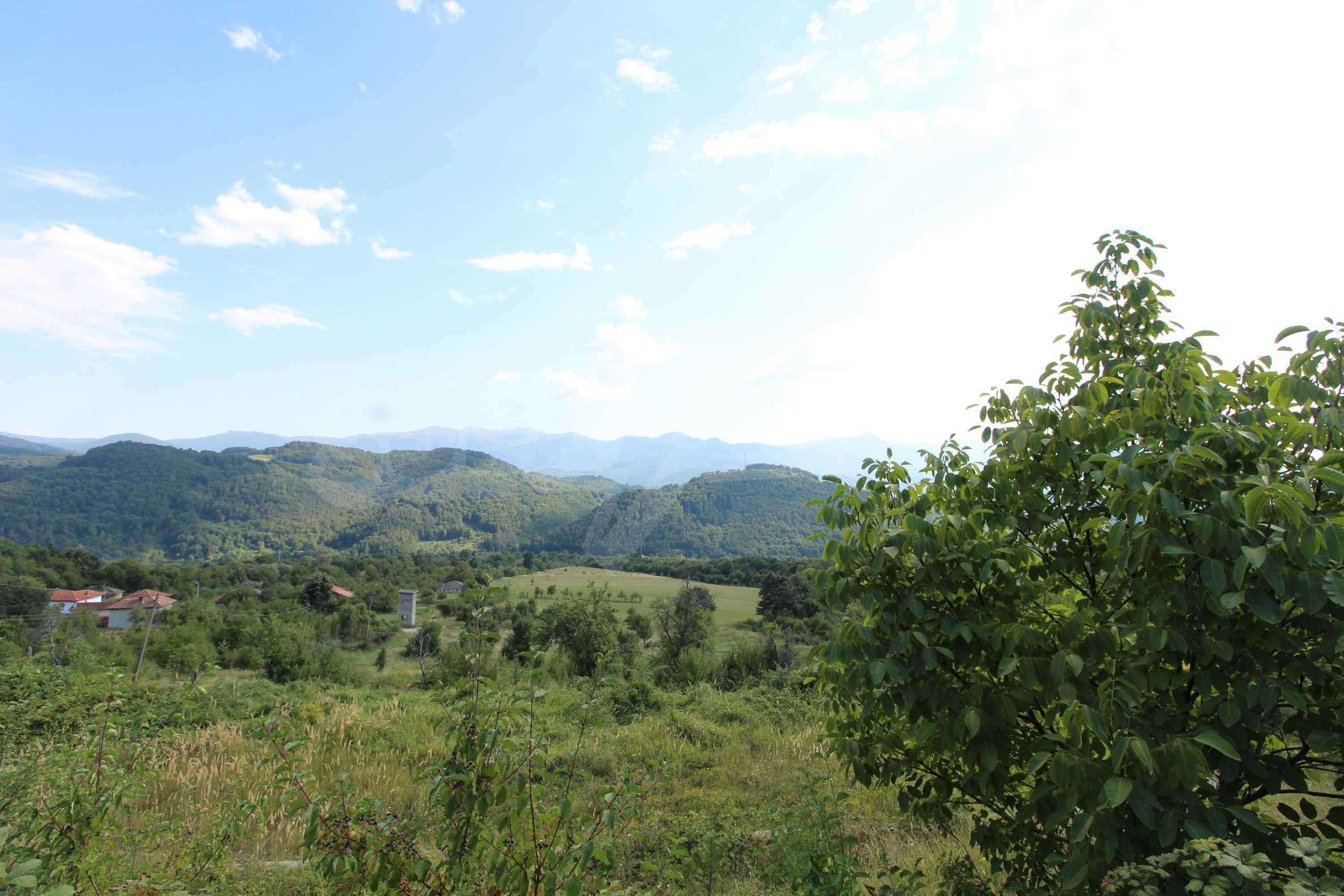Plot of land for residential building in wonderful mountain area