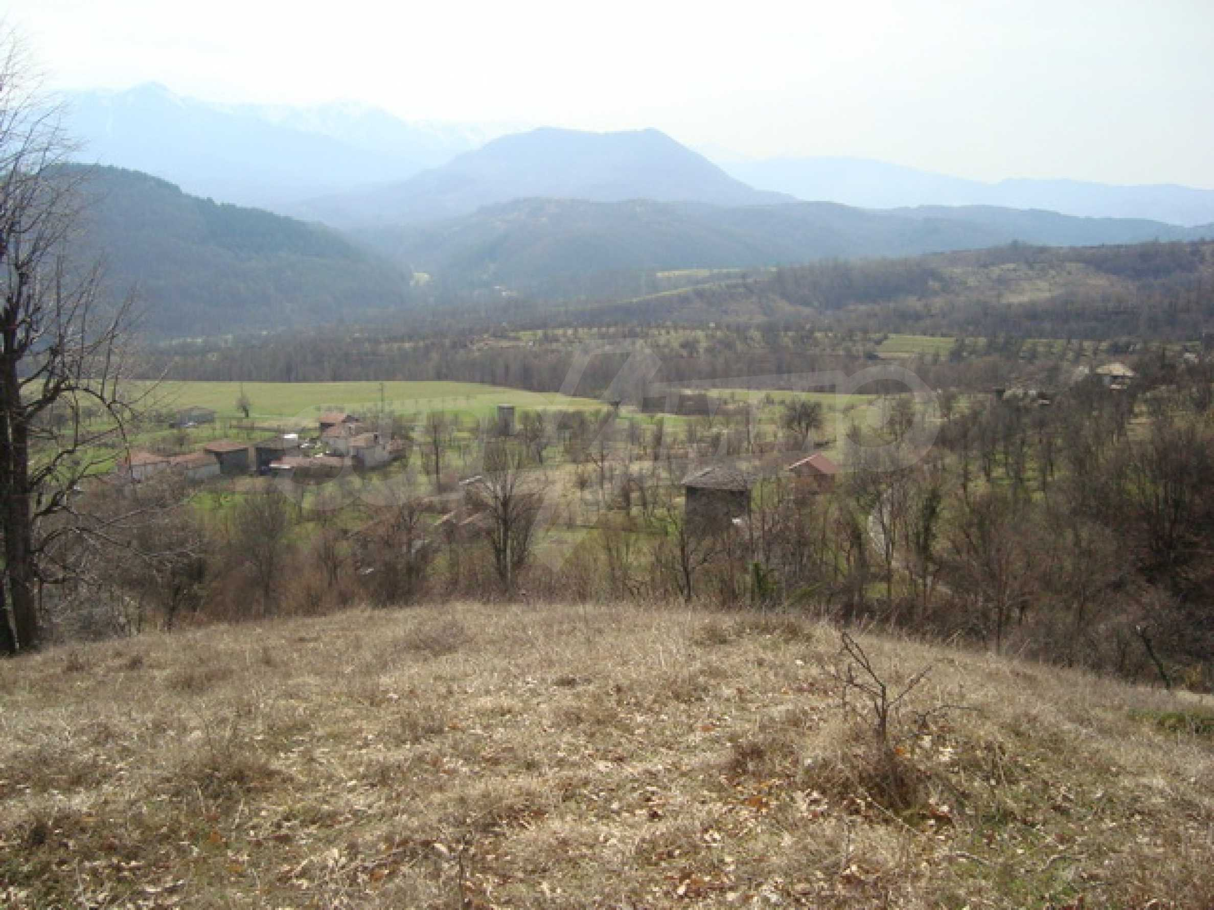 Plot of land for residential building in wonderful mountain area 9