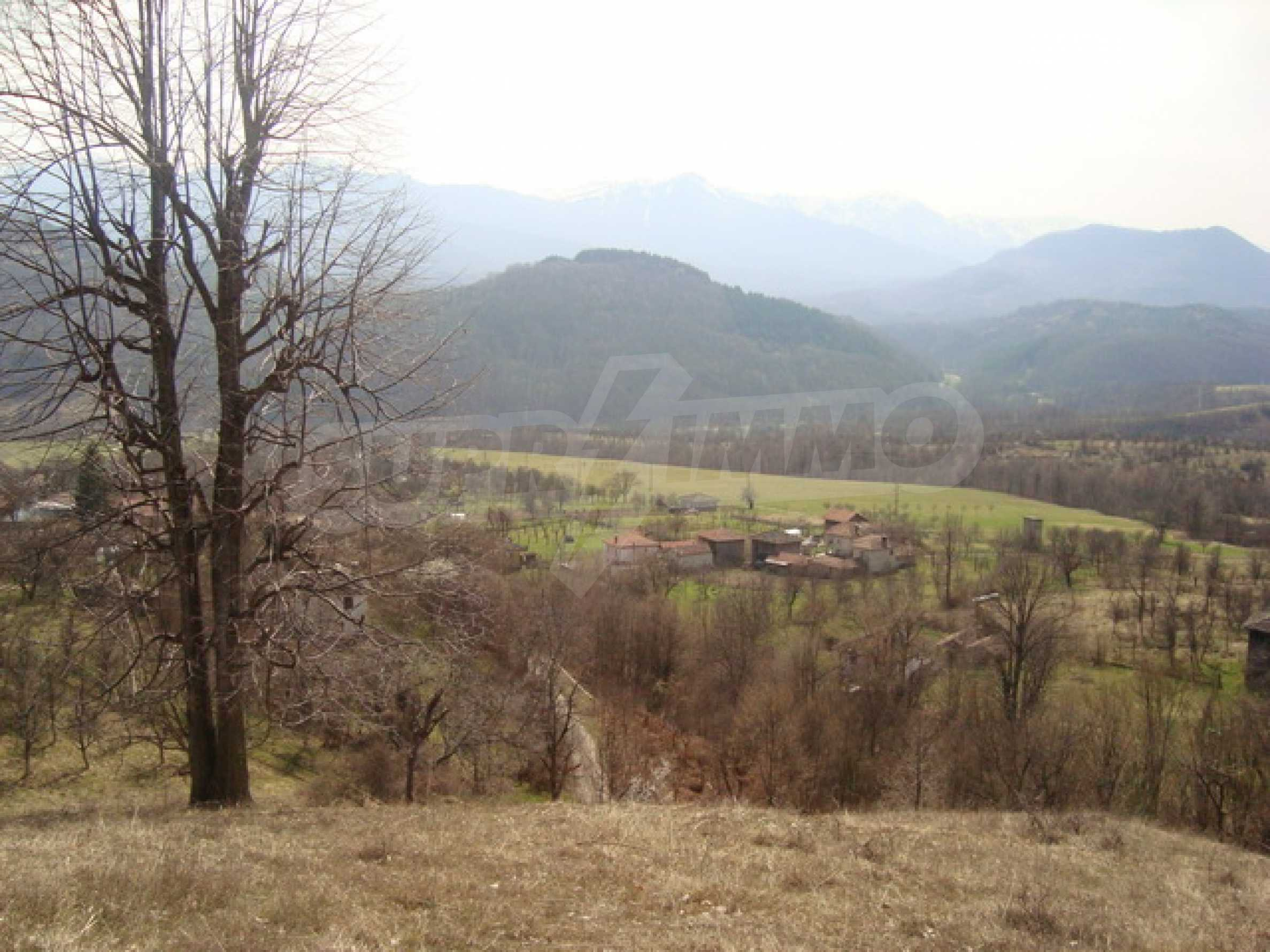 Plot of land for residential building in wonderful mountain area 11