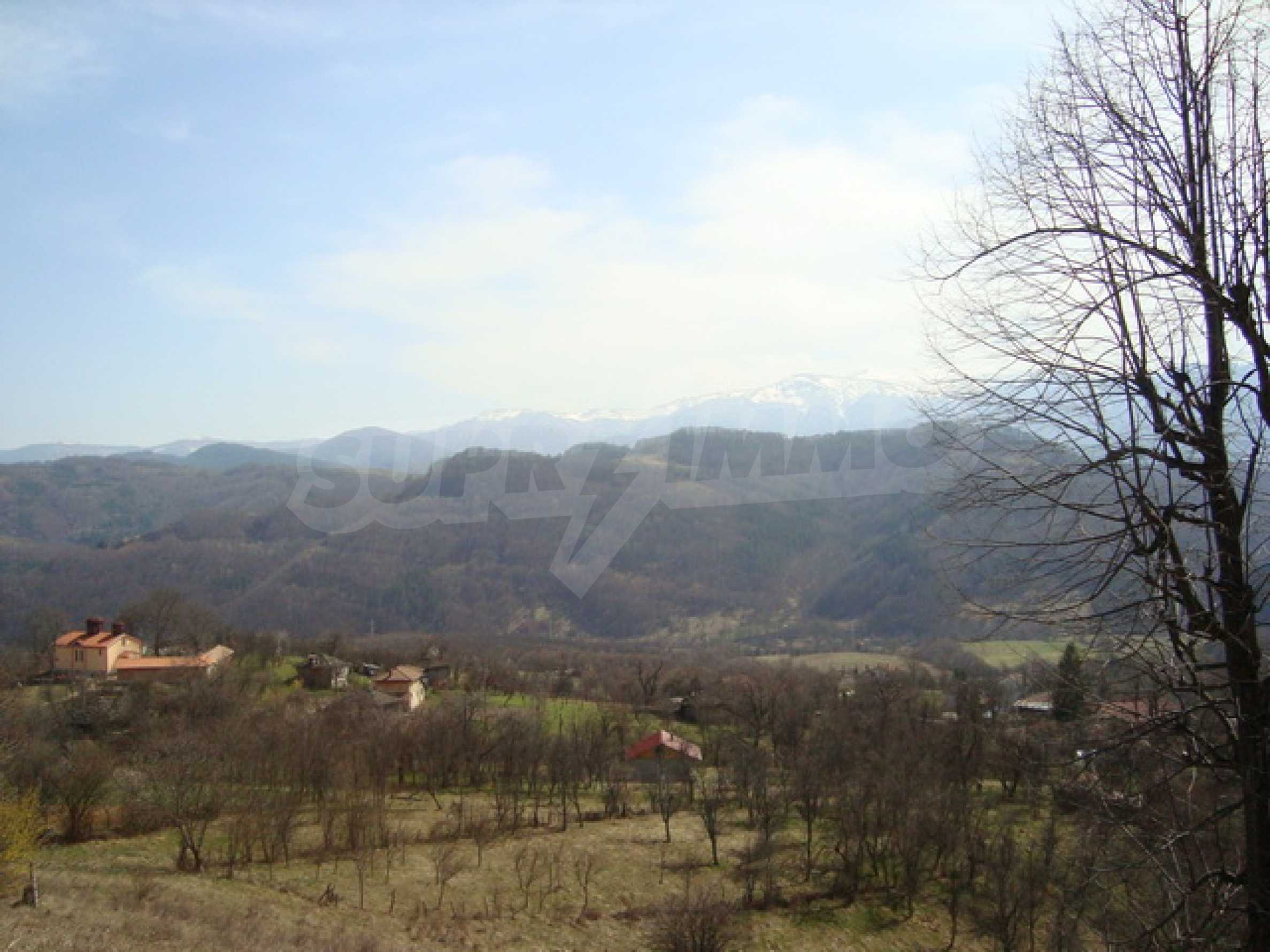 Plot of land for residential building in wonderful mountain area 4