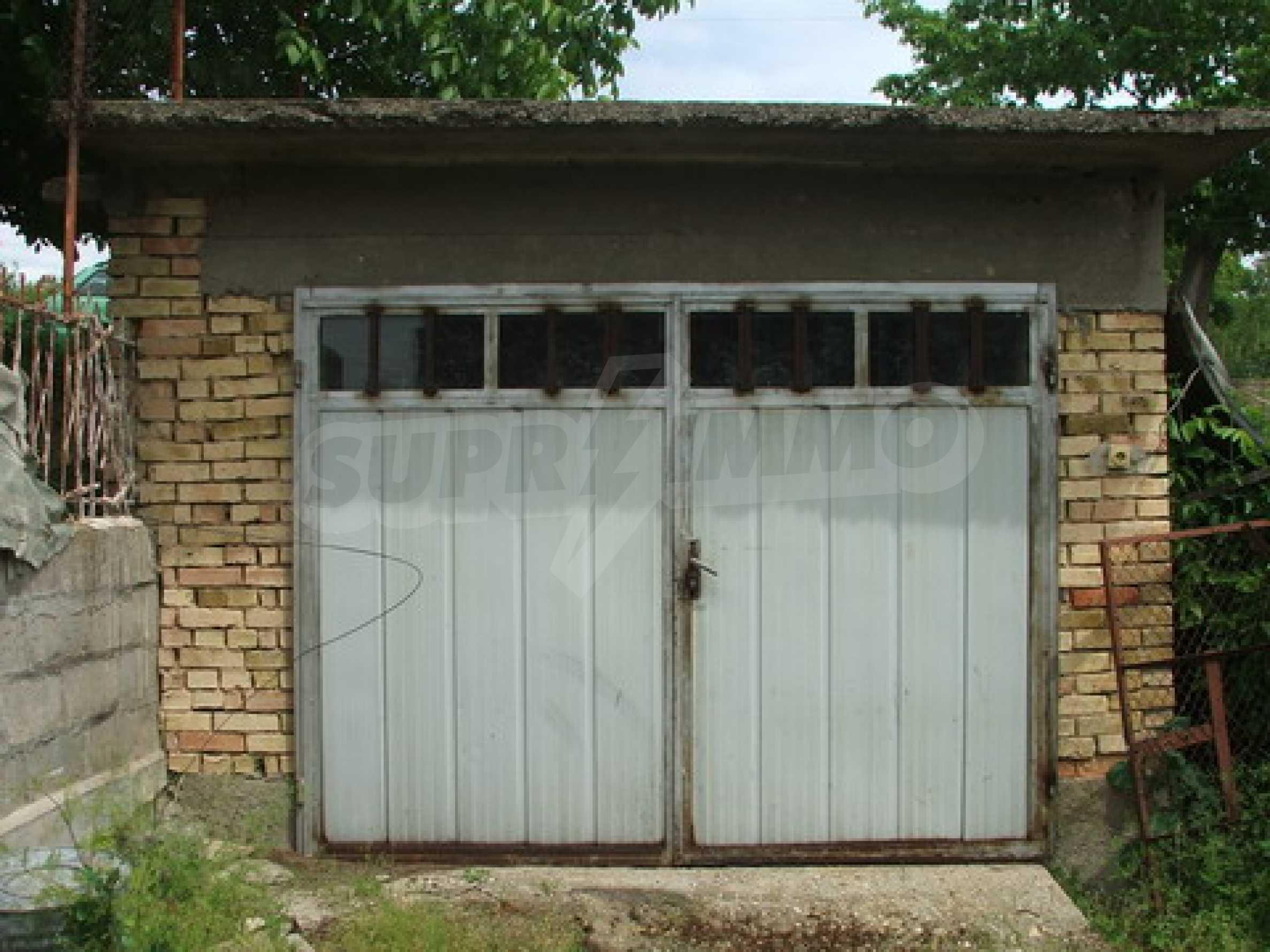 Къща продава близо до Русе 9