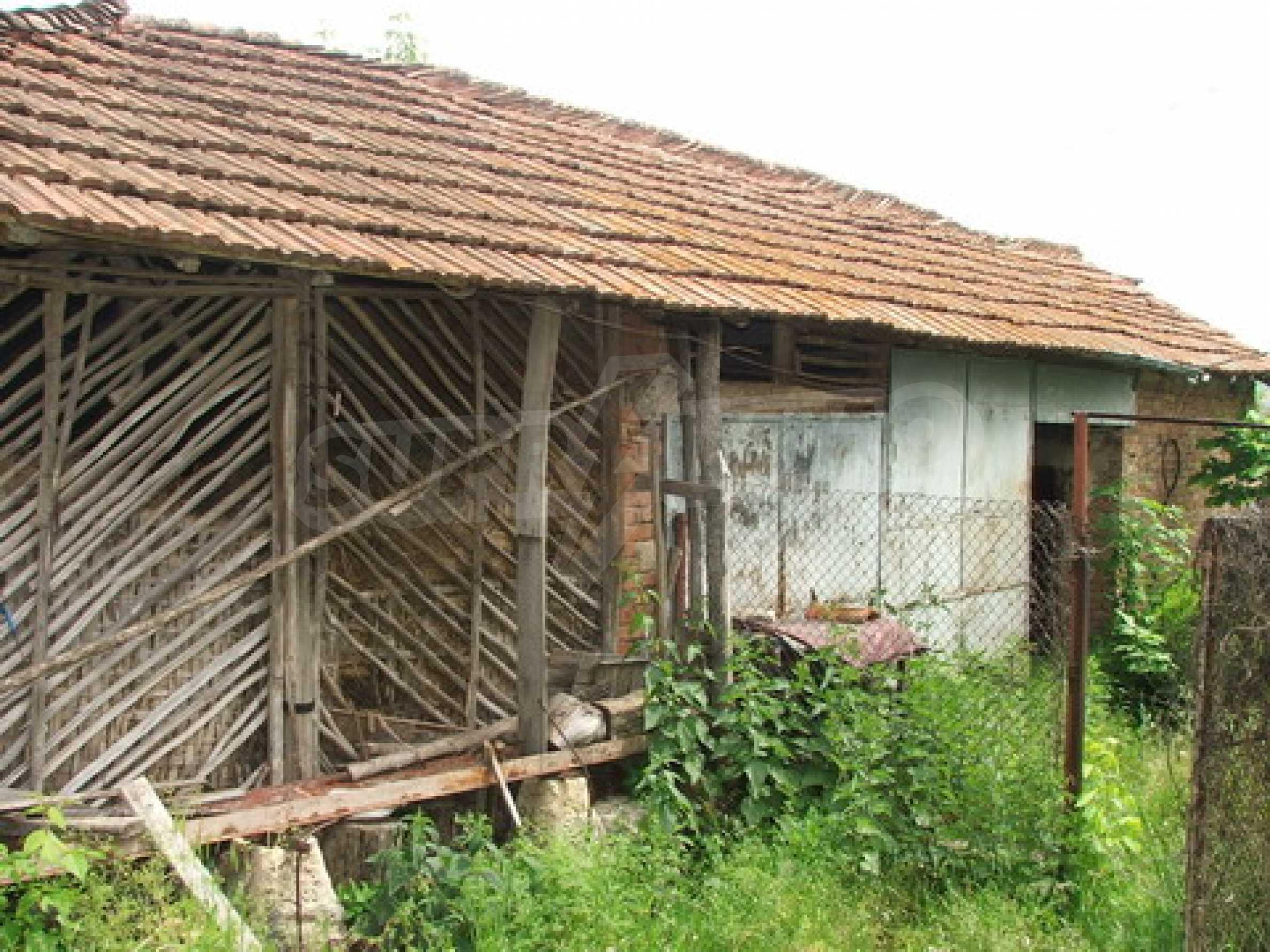 Къща продава близо до Русе 10
