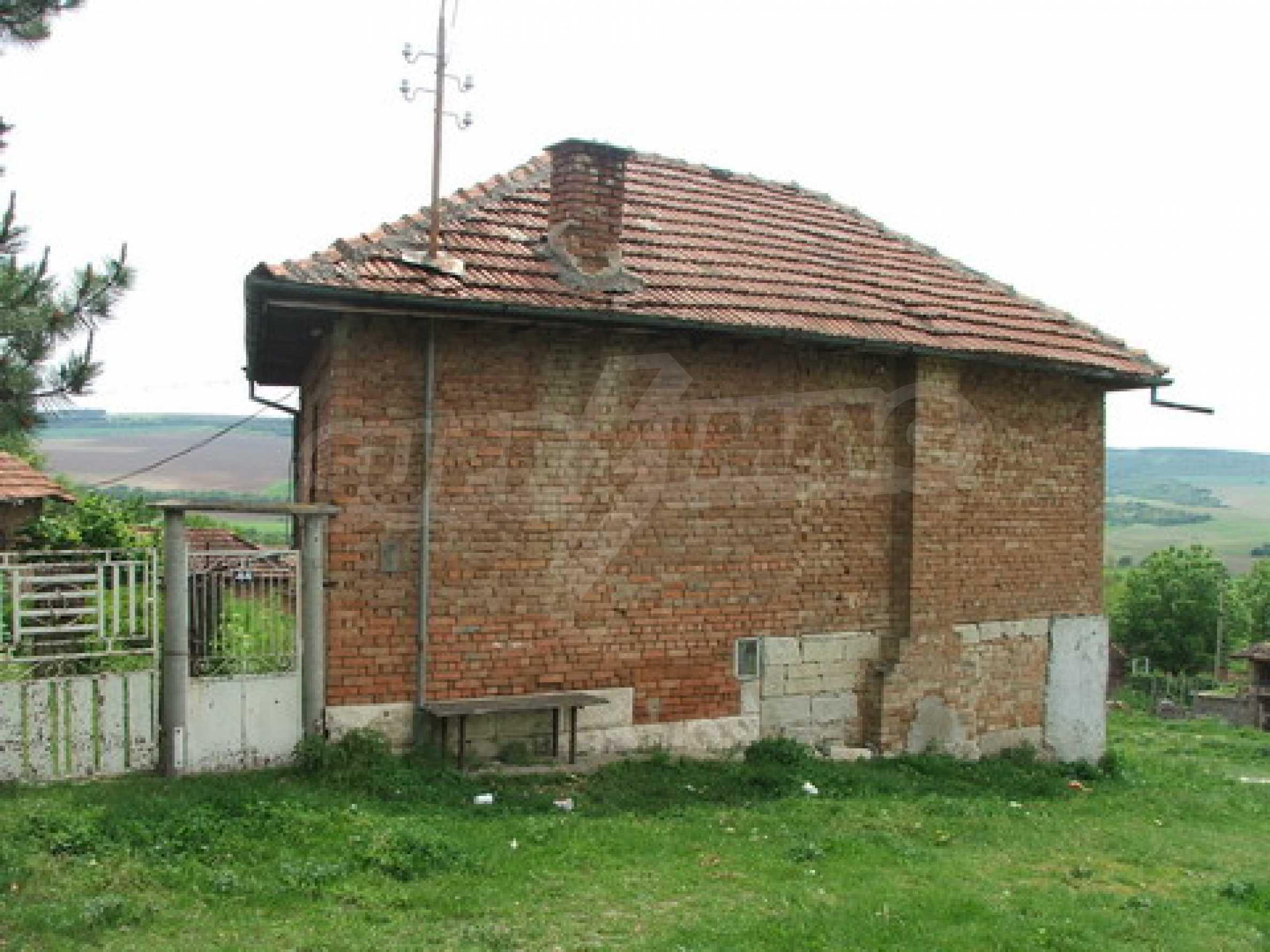 Къща продава близо до Русе 4