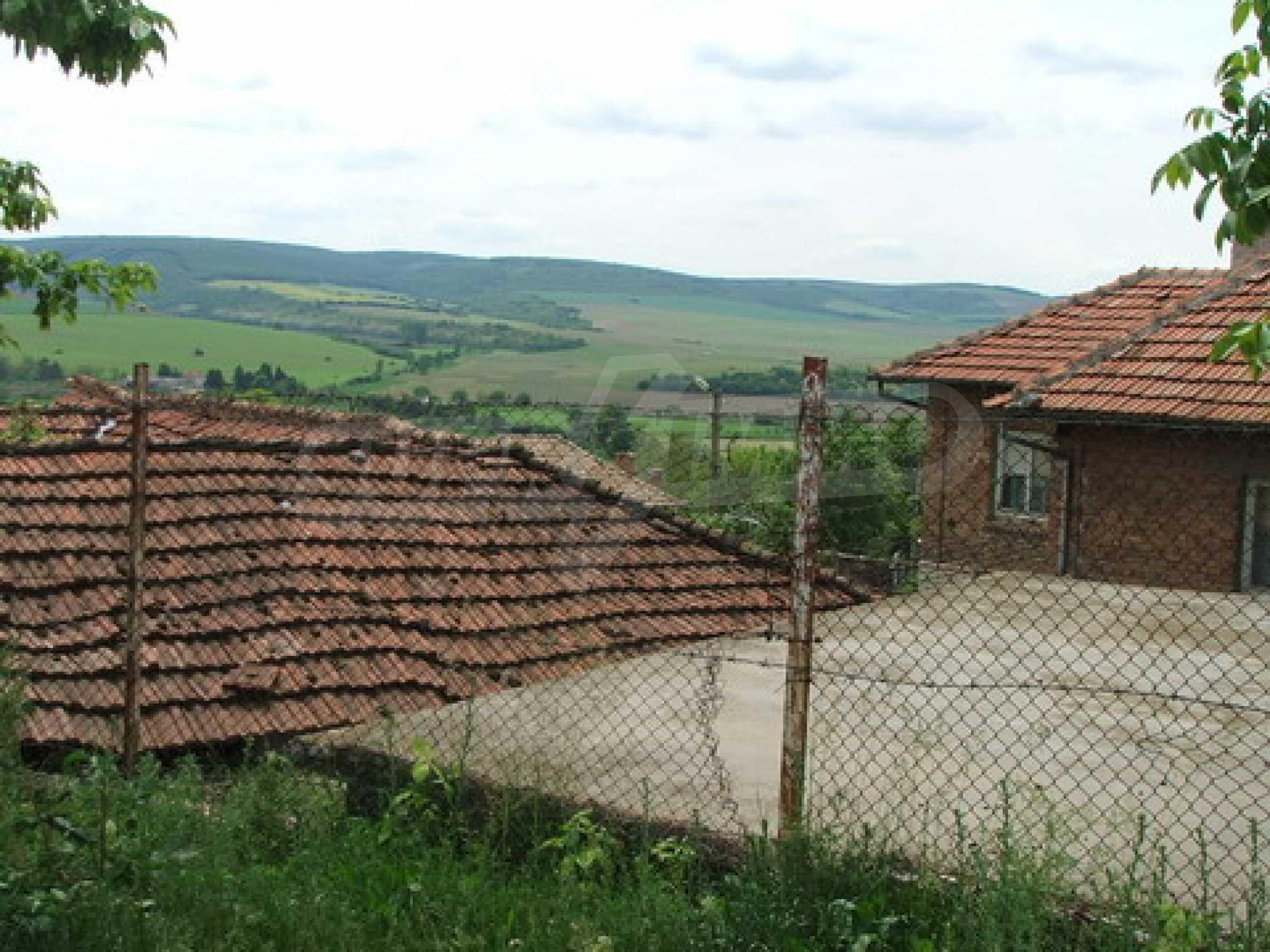 Къща продава близо до Русе 5
