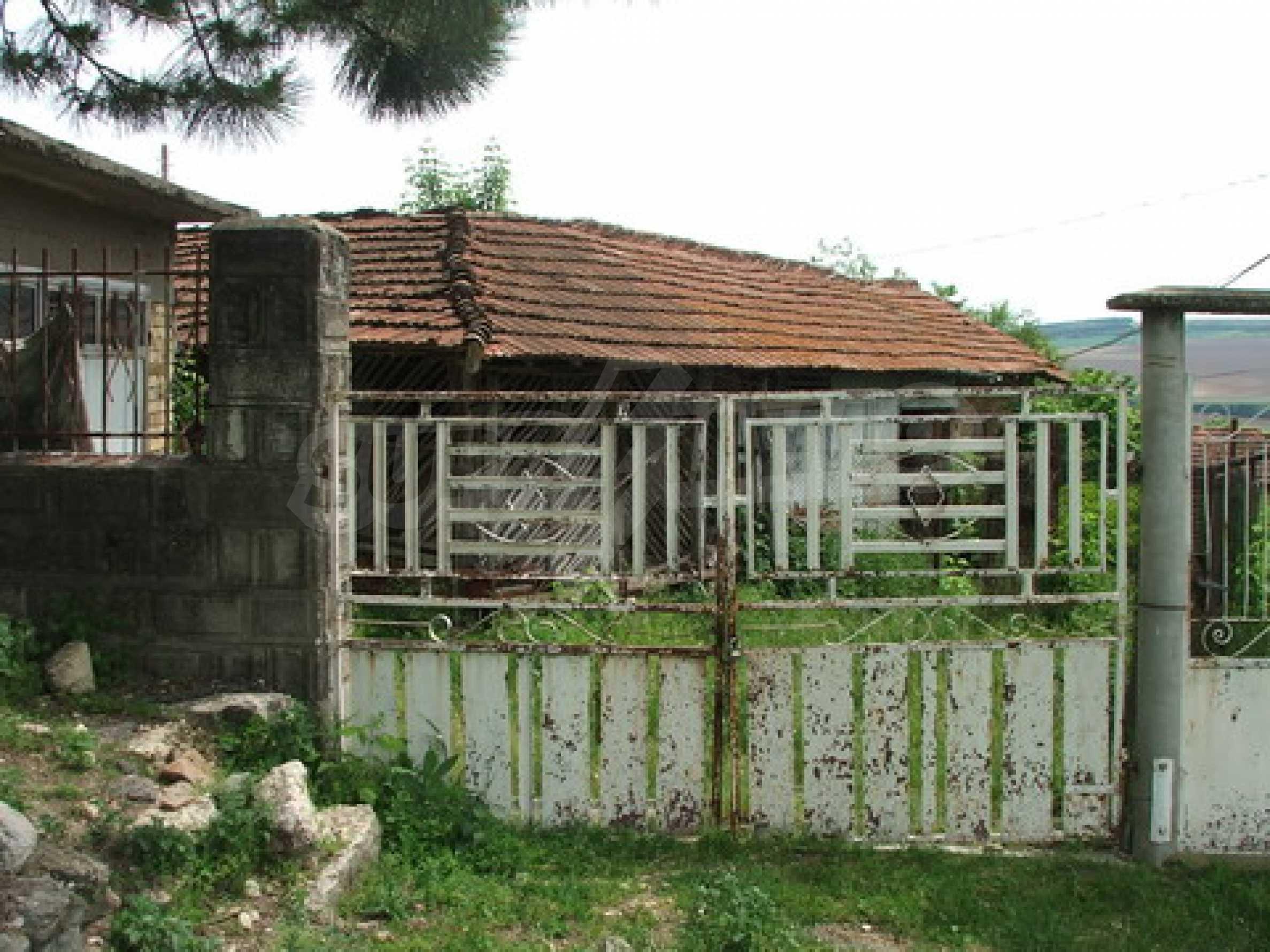 Къща продава близо до Русе 6