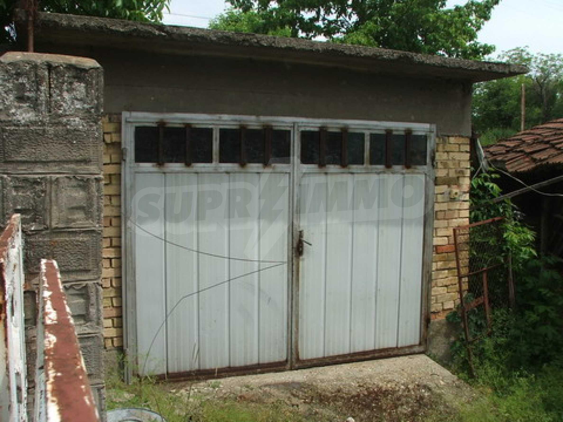 Къща продава близо до Русе 7