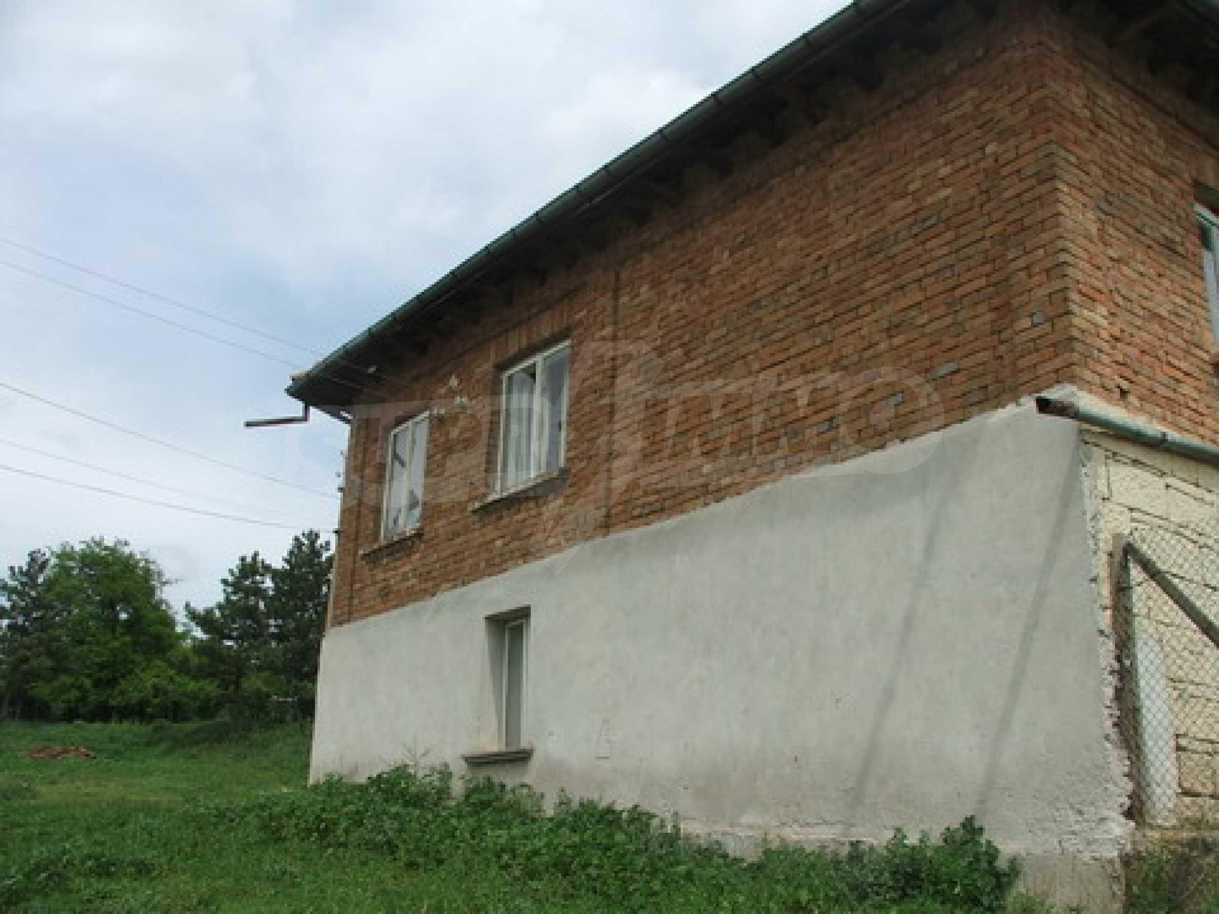 Къща продава близо до Русе 8