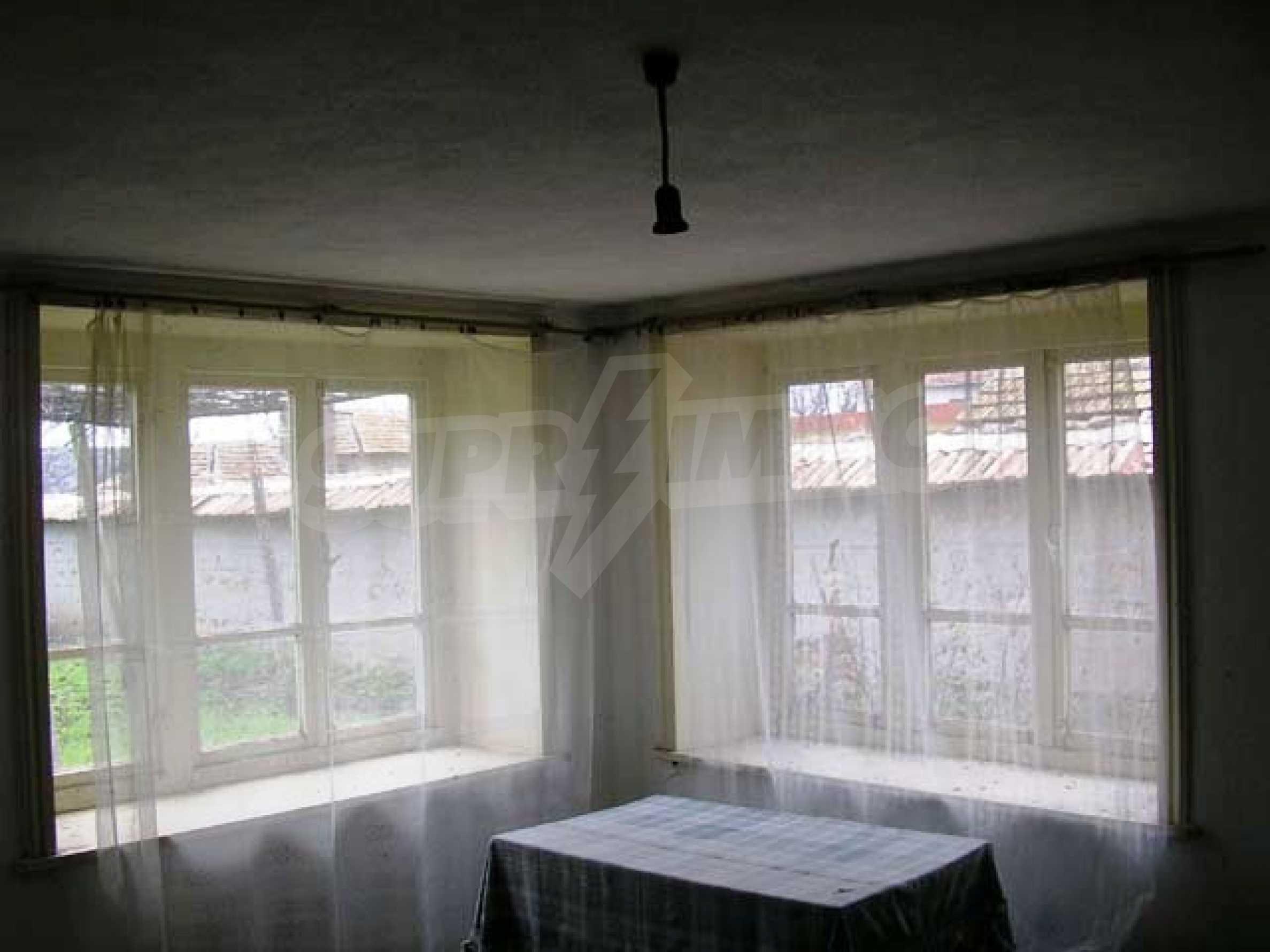 Къща продава близо до Варна 9