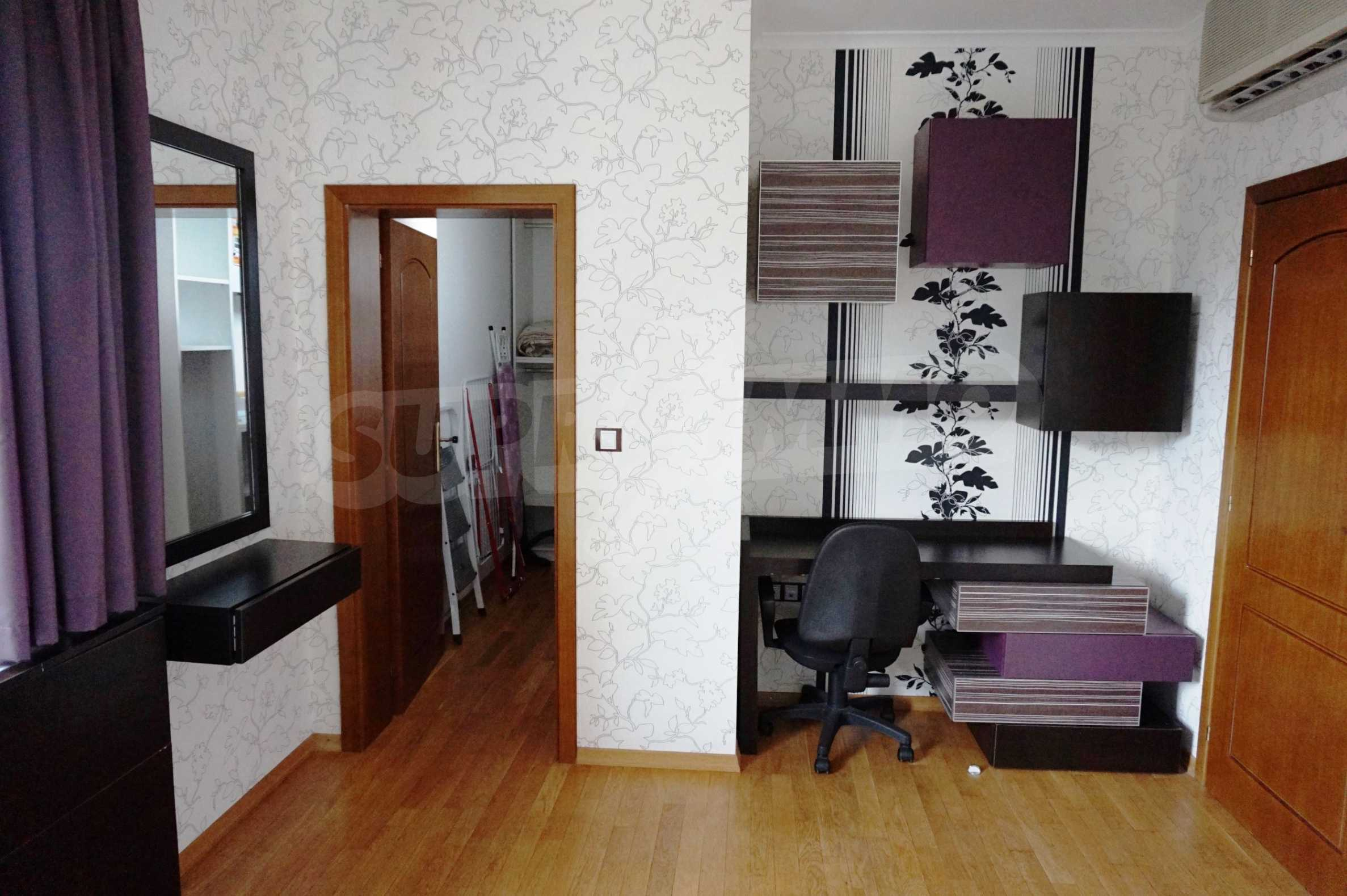 Апартамент Салтанат  18