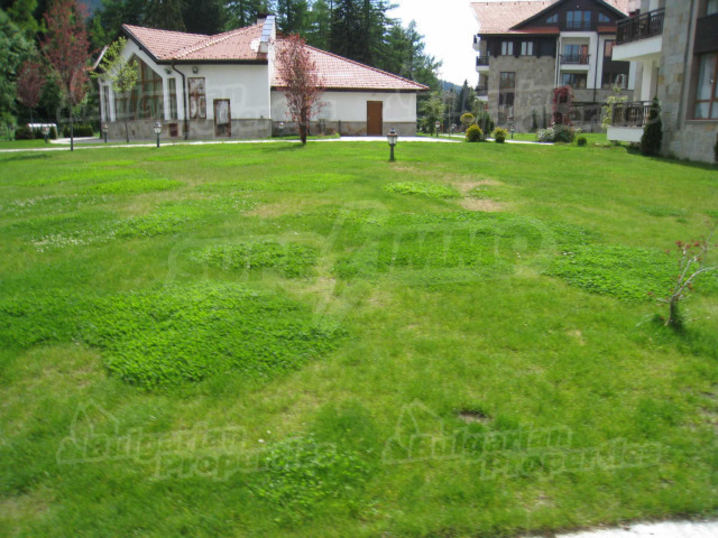 Първокласни апартаменти за продажба на метри от писта Ястребец в Боровец 18