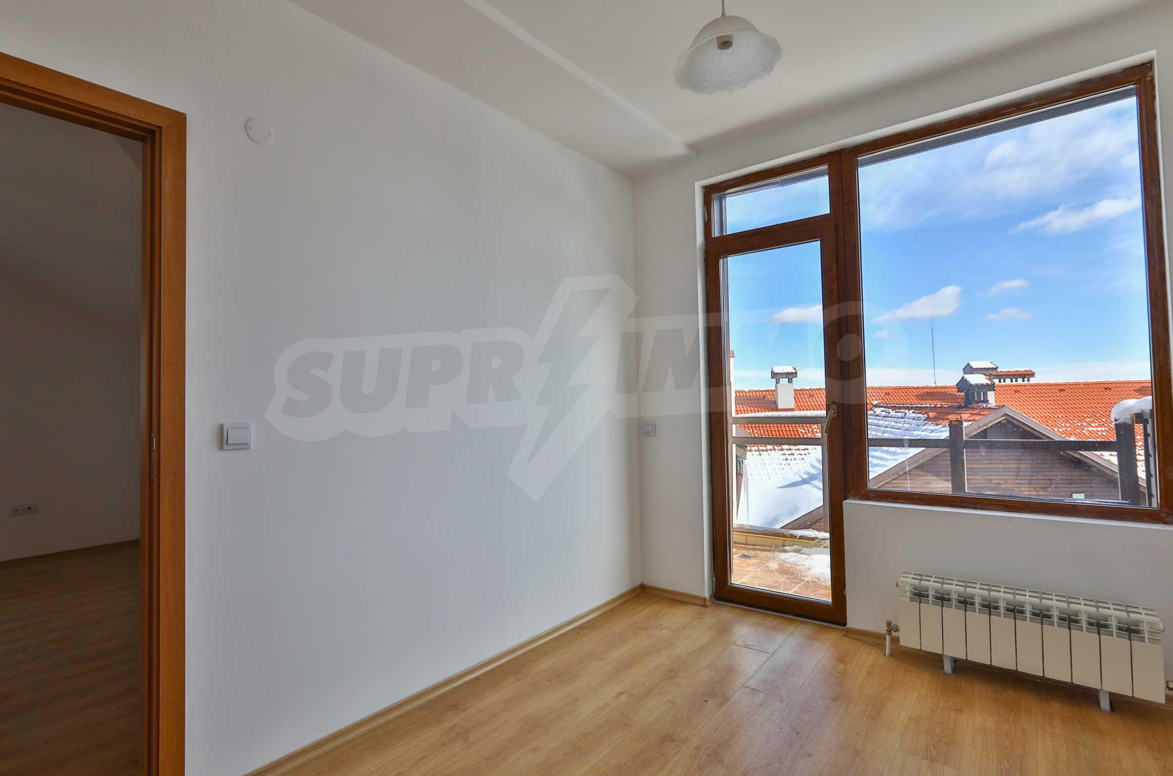 Първокласни апартаменти за продажба на метри от писта Ястребец в Боровец 7