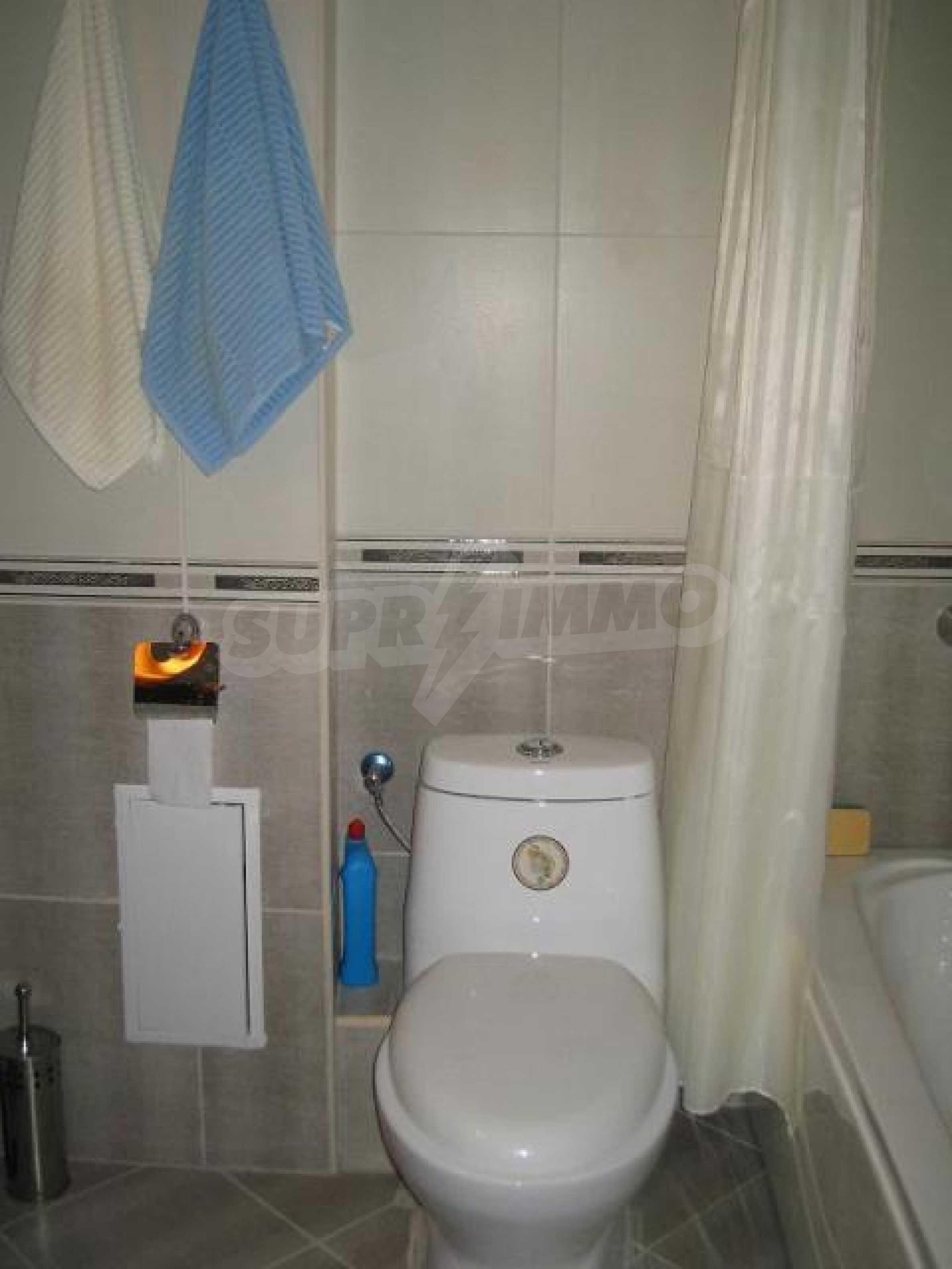 Апартамент Людмила 11